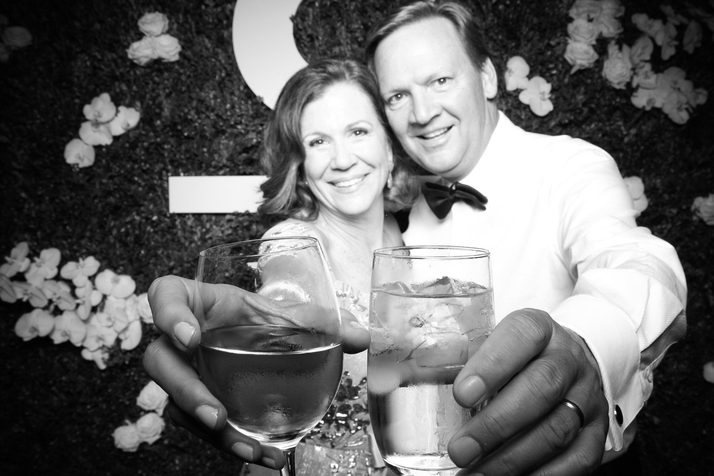 Peninsula_Hotel_Chicago_Wedding_Photo_Booth_24.jpg