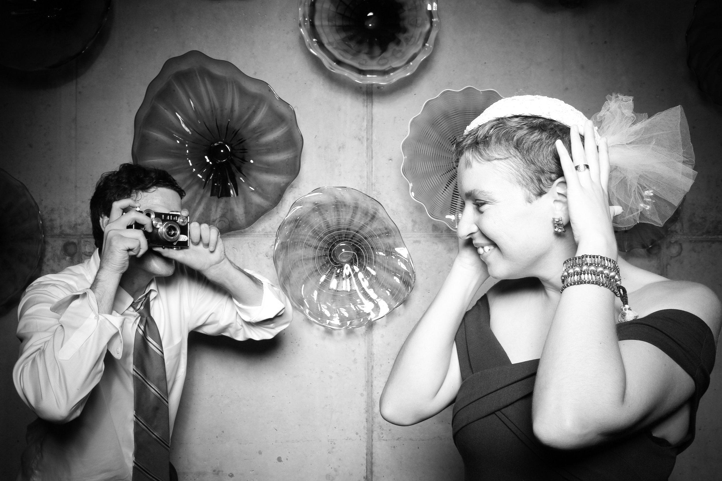 Chicago_Vintage_Wedding_Photobooth_Ignite_26.jpg