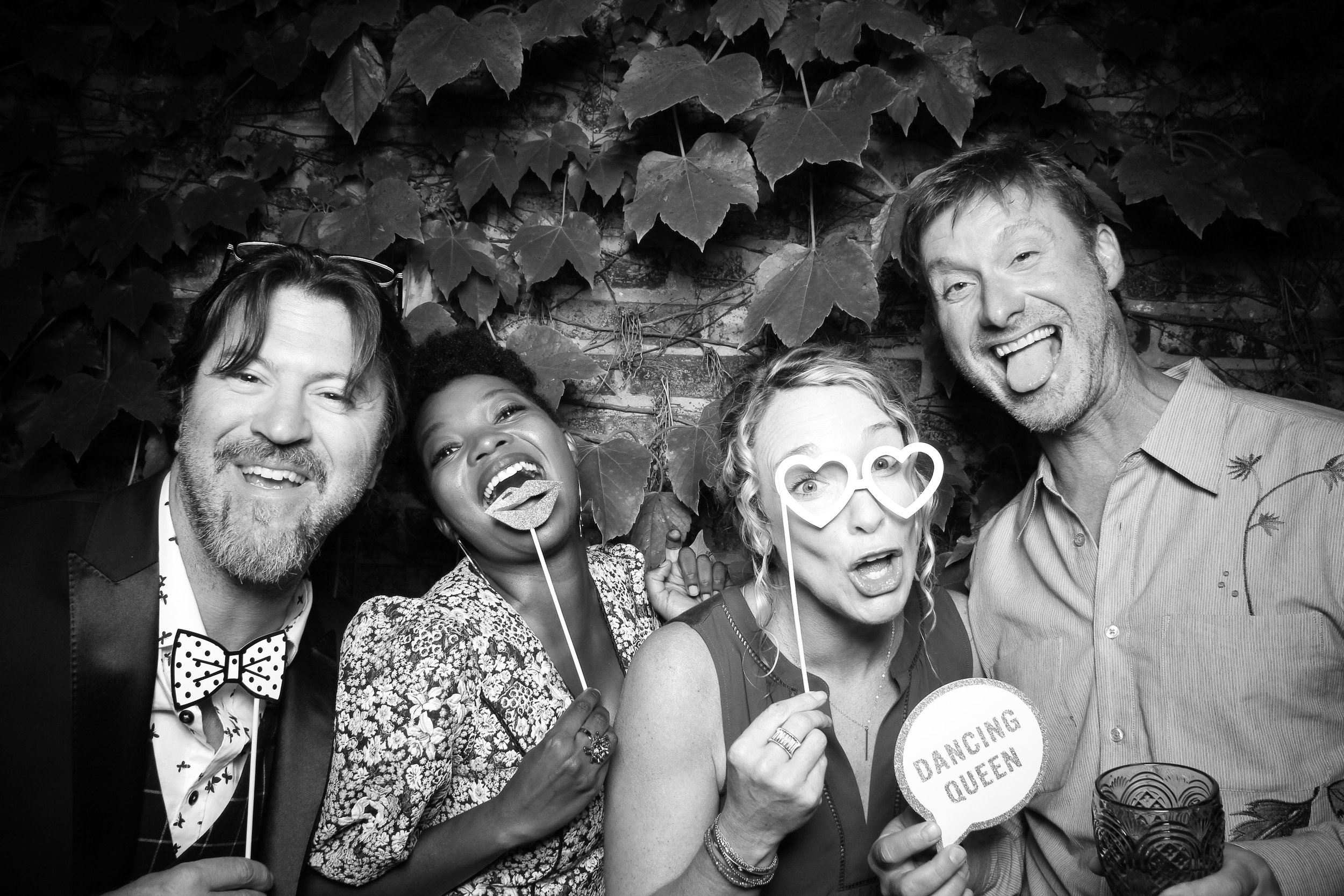 Chicago_Vintage_Wedding_Photobooth_Firehouse_03.jpg