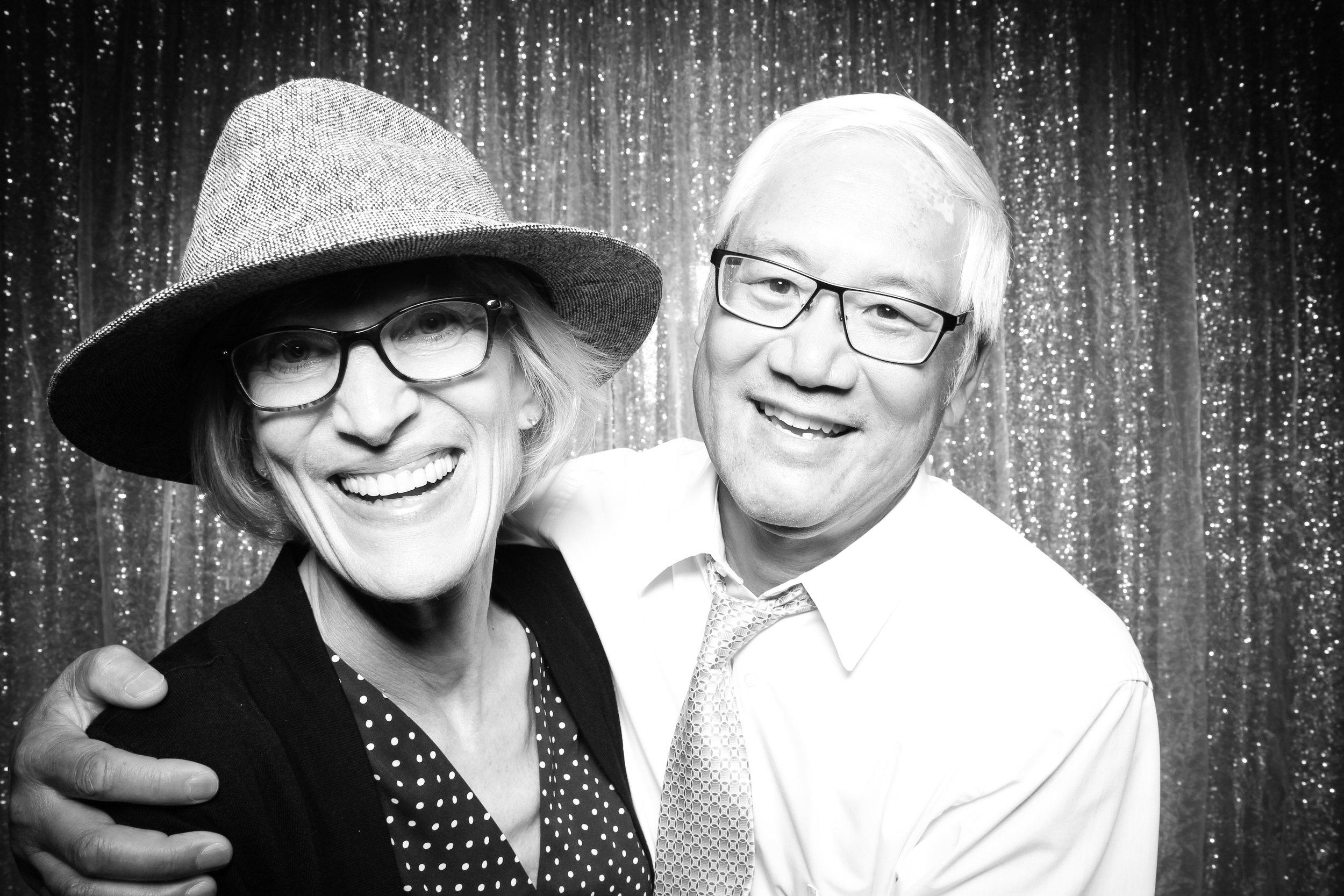 Chicago_Vintage_Wedding_Photobooth_Salvatores_48.jpg