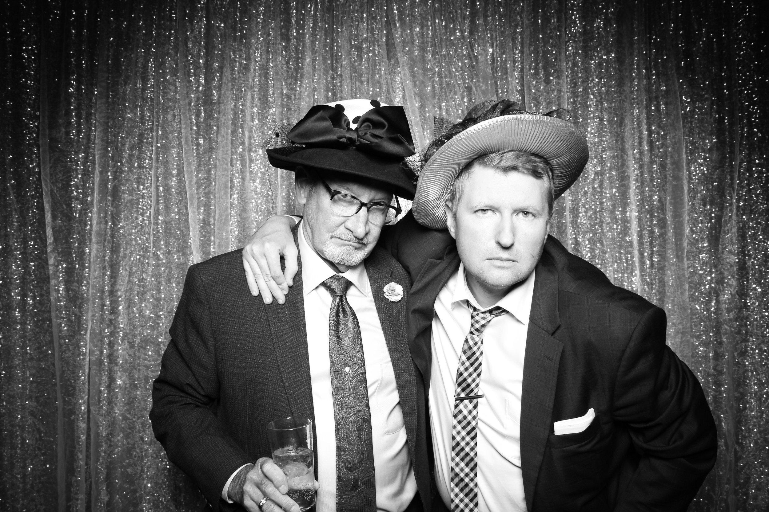 Chicago_Vintage_Wedding_Photobooth_Salvatores_61.jpg