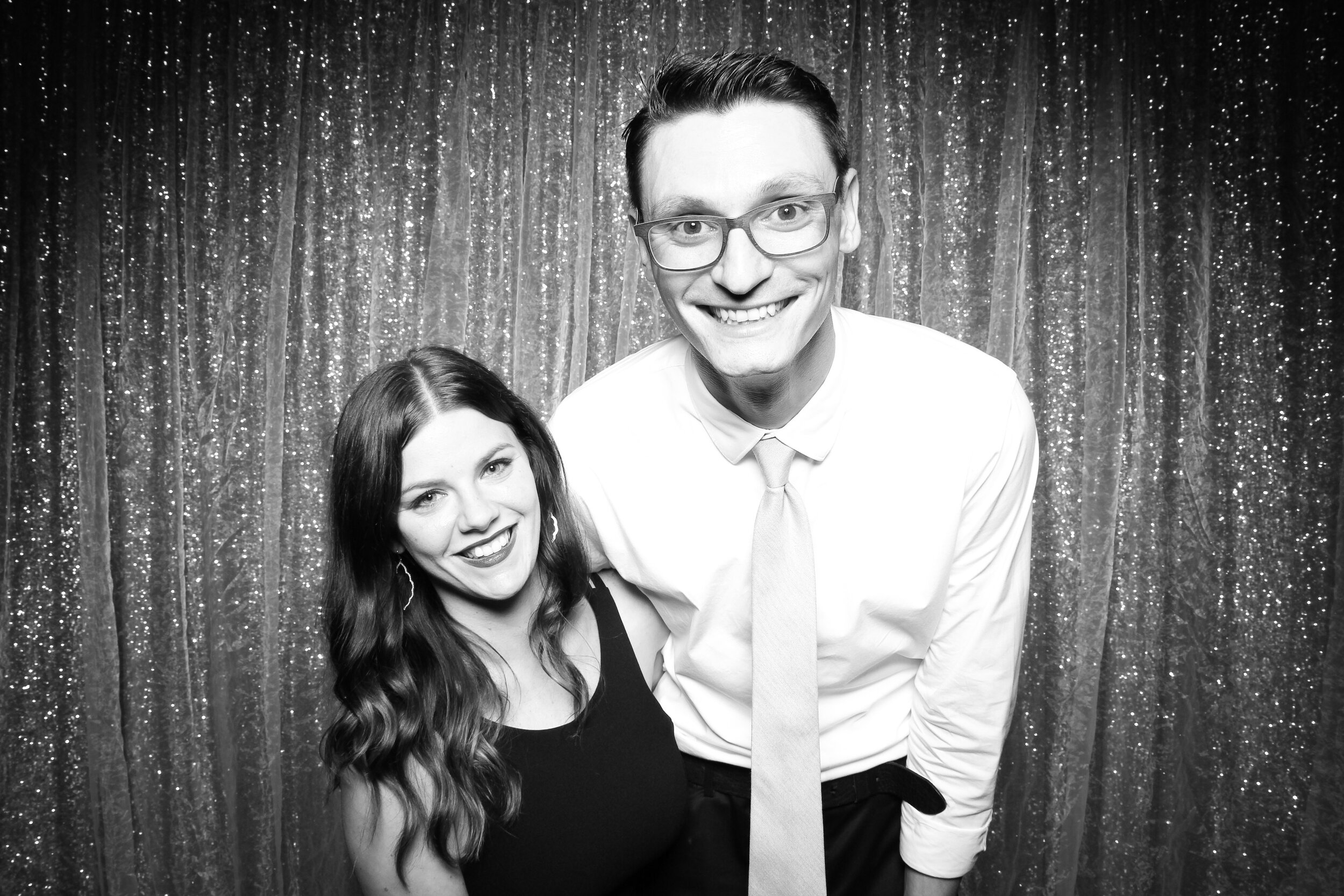 Chicago_Vintage_Wedding_Photobooth_Country_Club_09.jpg
