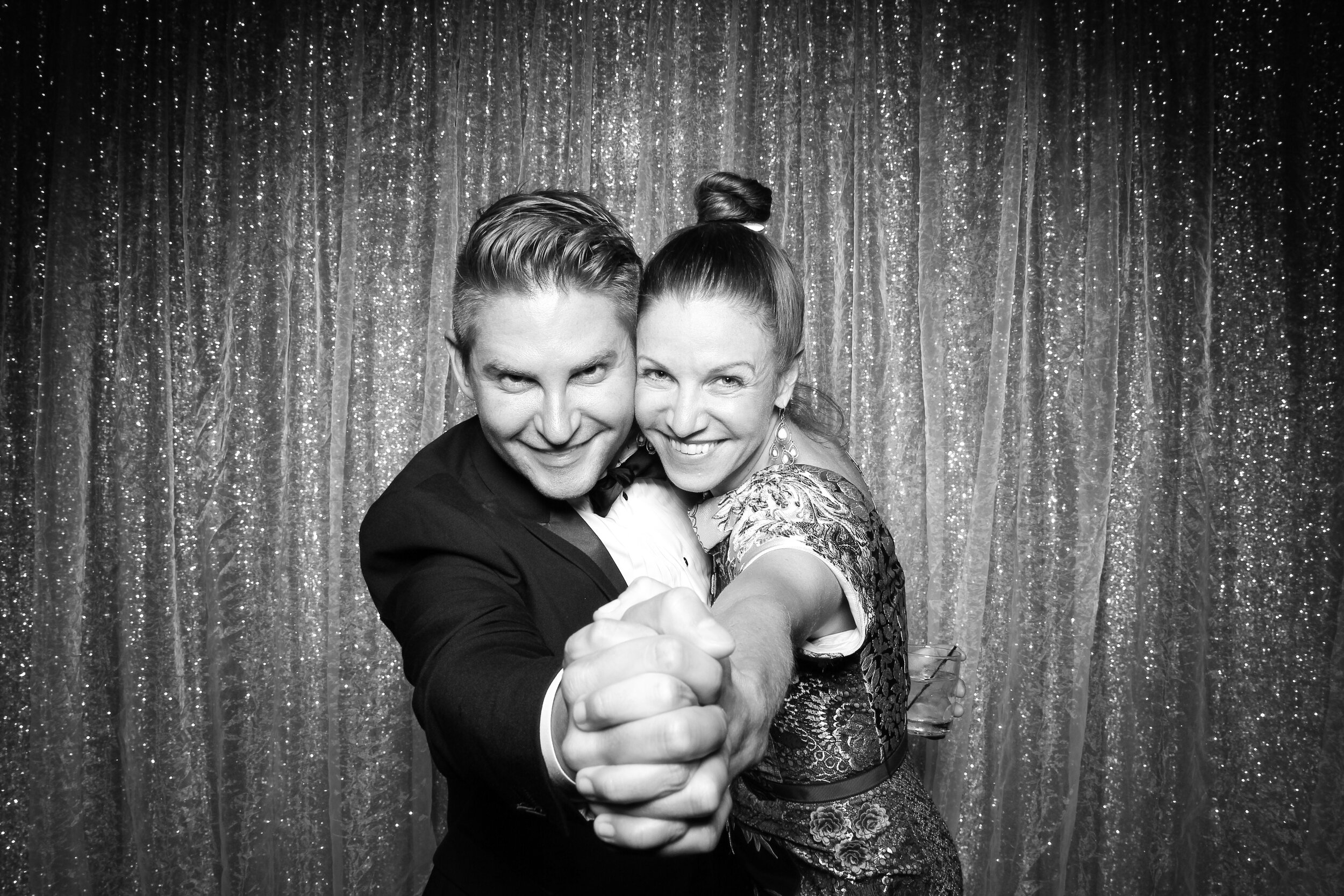 Chicago_Vintage_Wedding_Photobooth_Country_Club_14.jpg