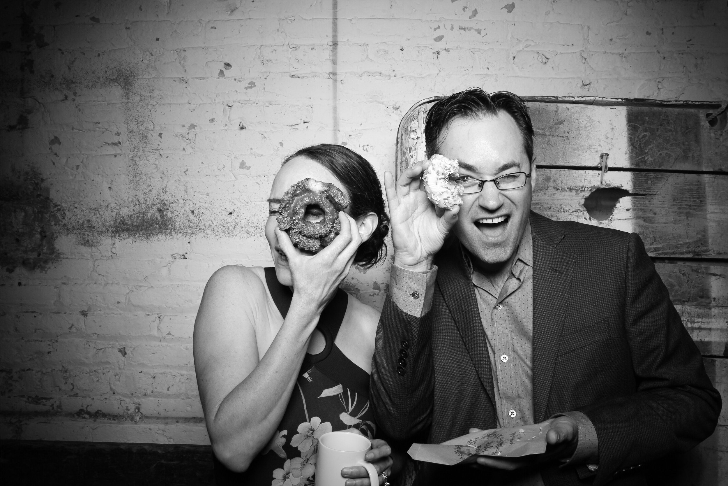 Chicago_Vintage_Wedding_Photobooth_Joinery_06.jpg