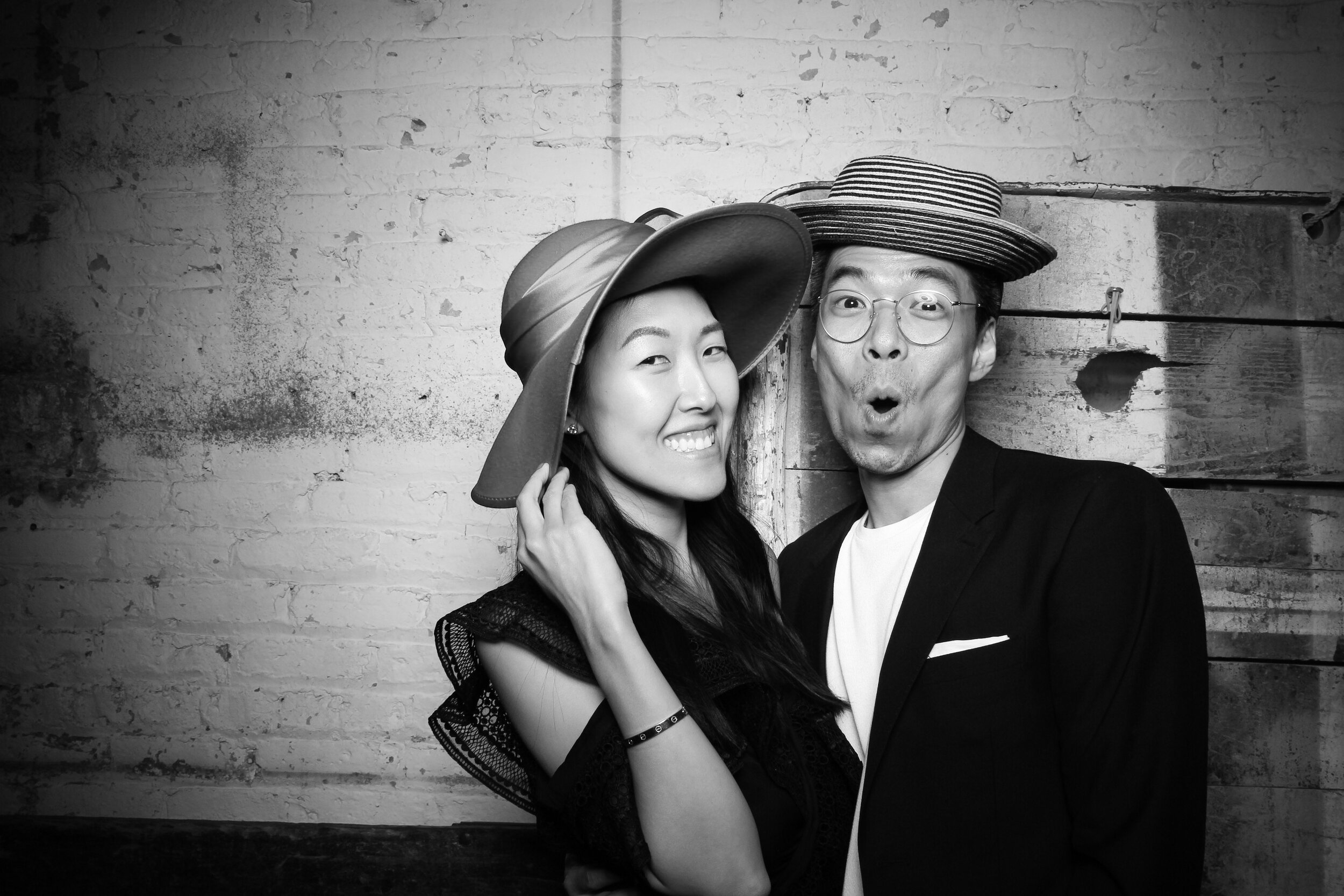 Chicago_Vintage_Wedding_Photobooth_Joinery_13.jpg