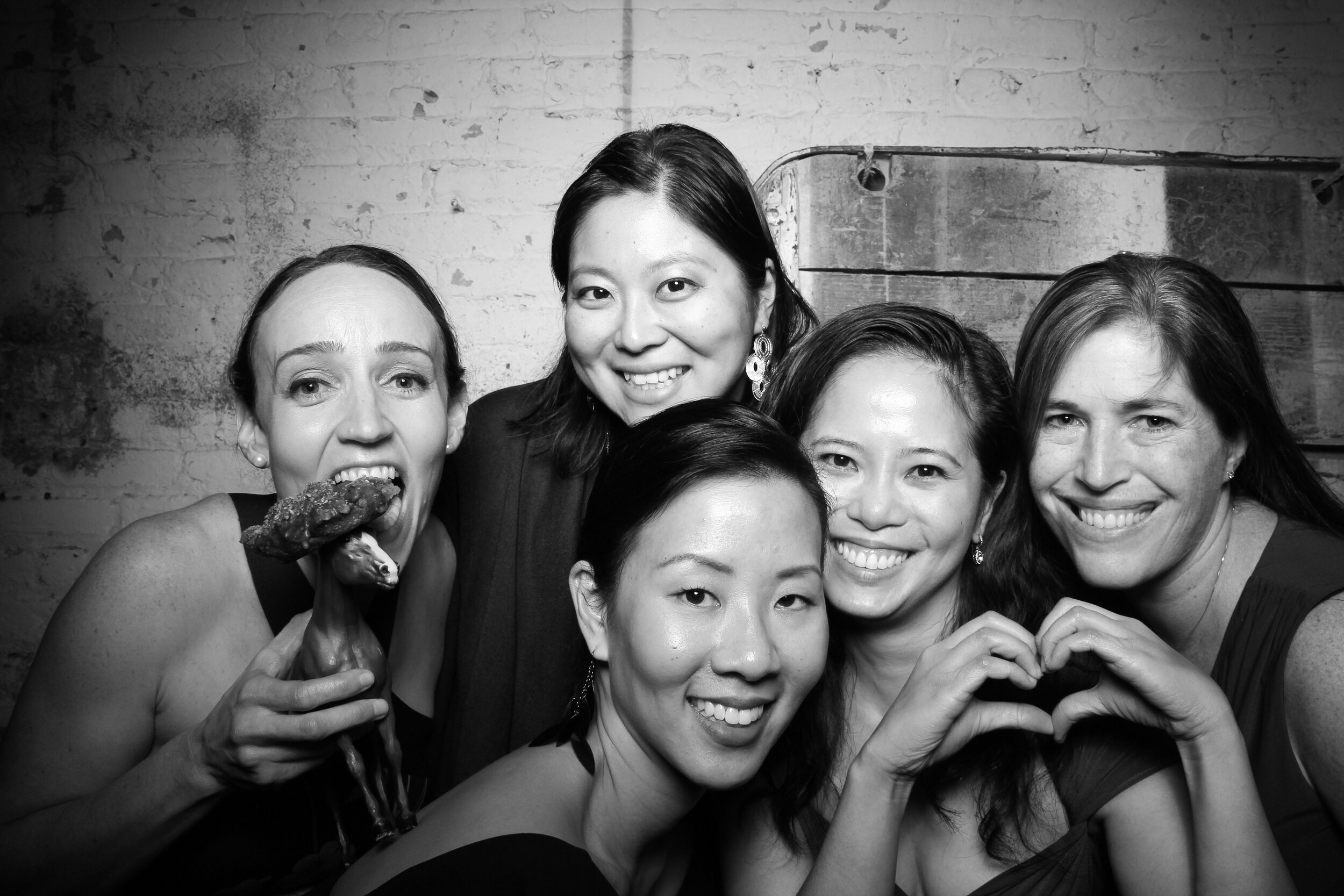 Chicago_Vintage_Wedding_Photobooth_Joinery_14.jpg