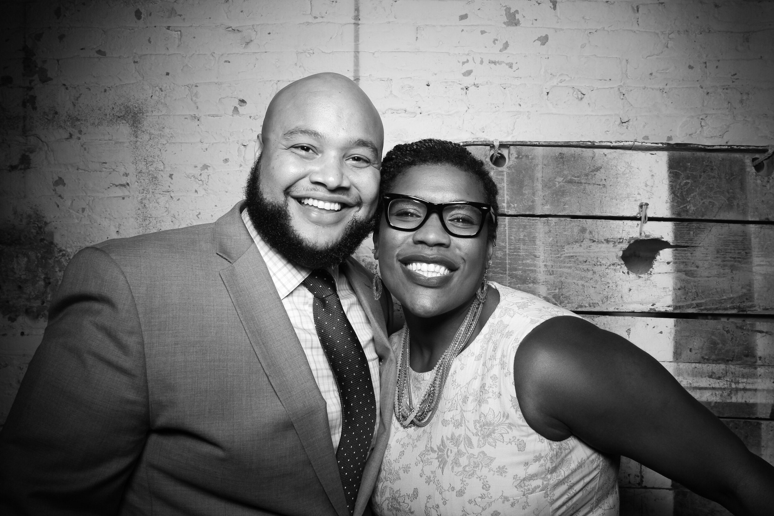 Chicago_Vintage_Wedding_Photobooth_Joinery_15.jpg