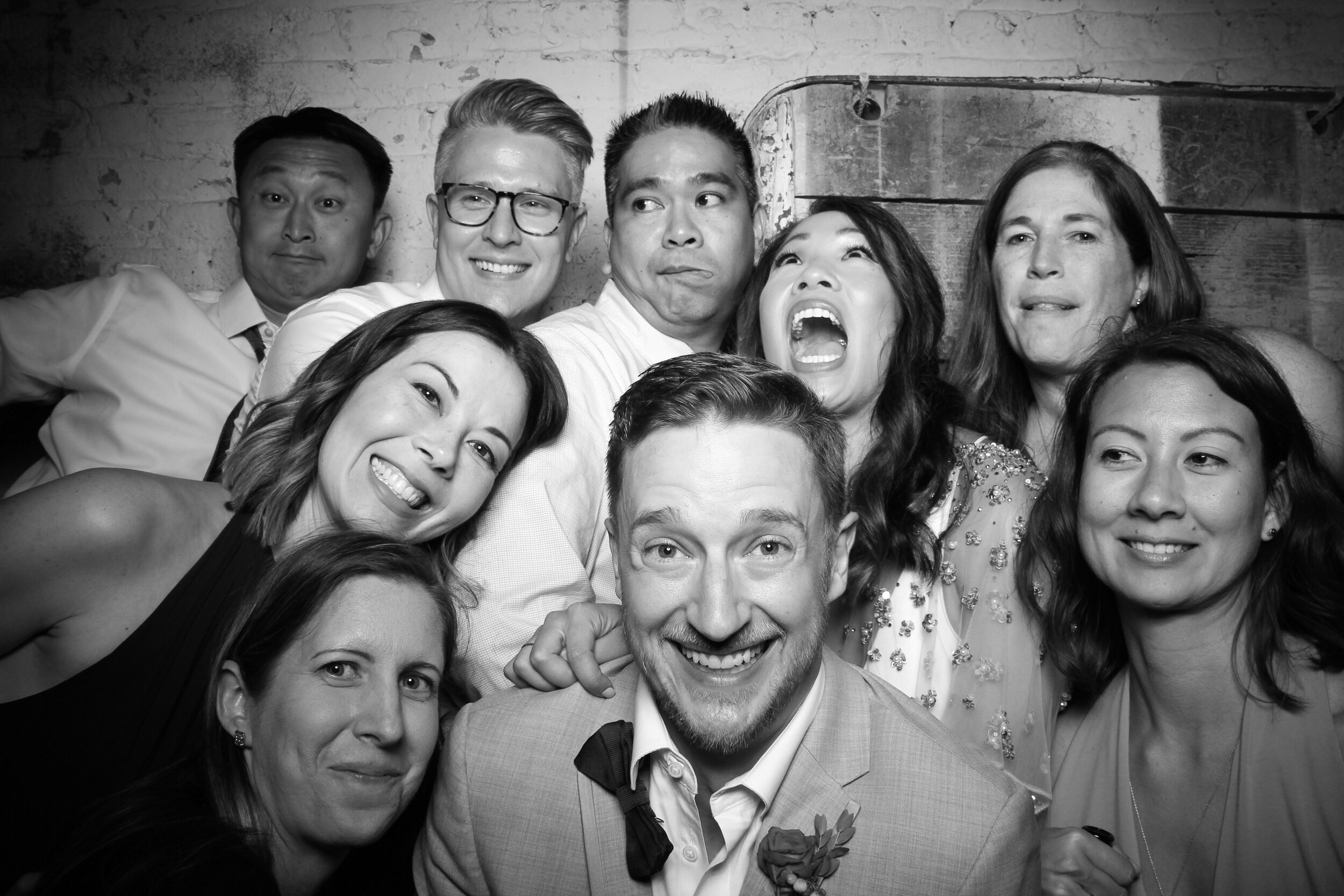 Chicago_Vintage_Wedding_Photobooth_Joinery_24.jpg