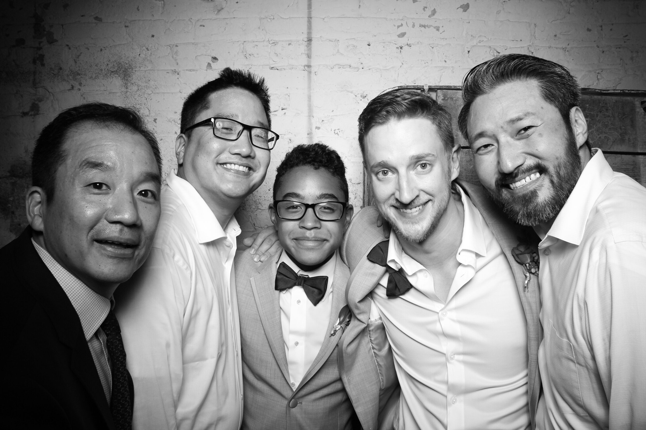 Chicago_Vintage_Wedding_Photobooth_Joinery_26.jpg