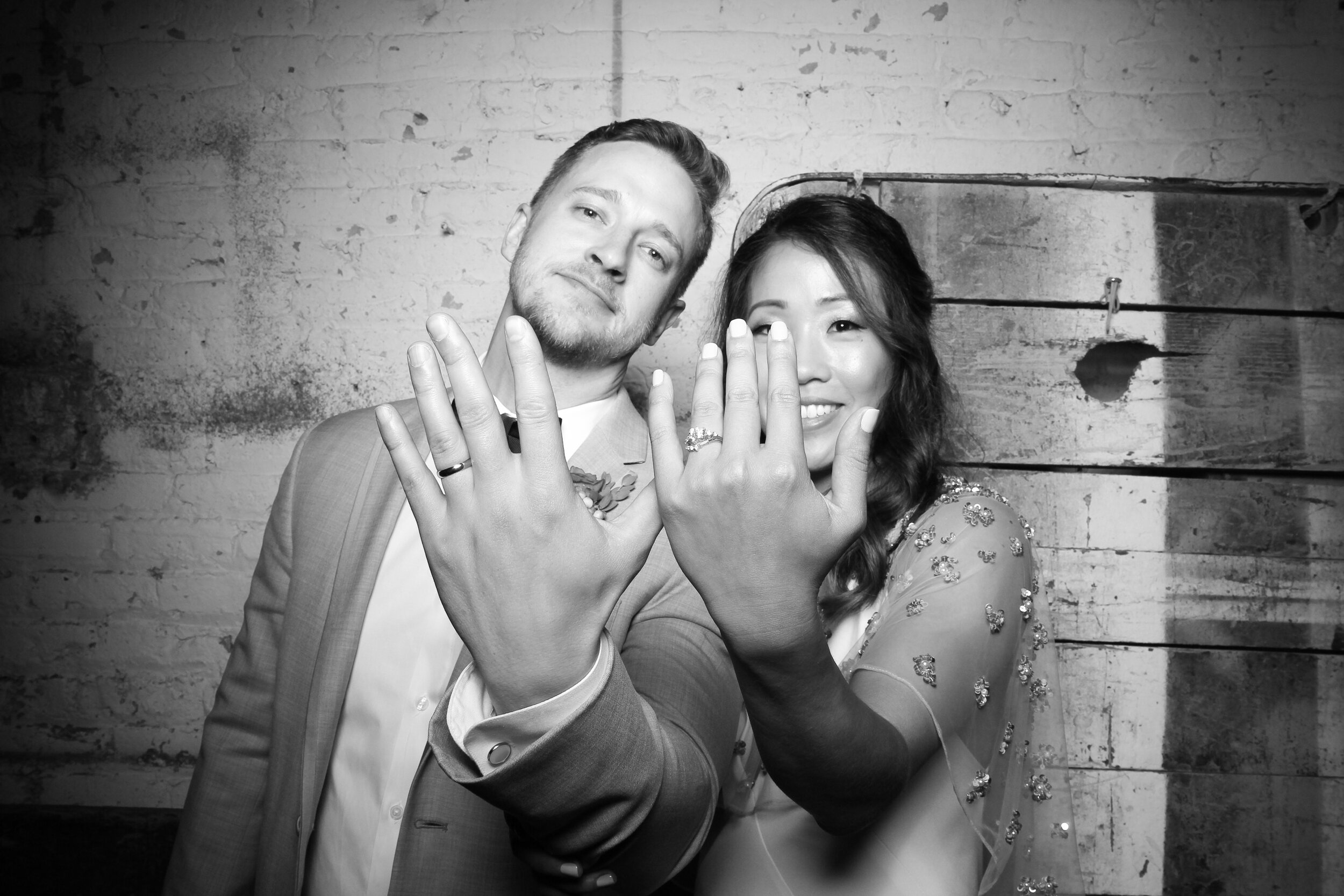 Chicago_Vintage_Wedding_Photobooth_Joinery_31.jpg