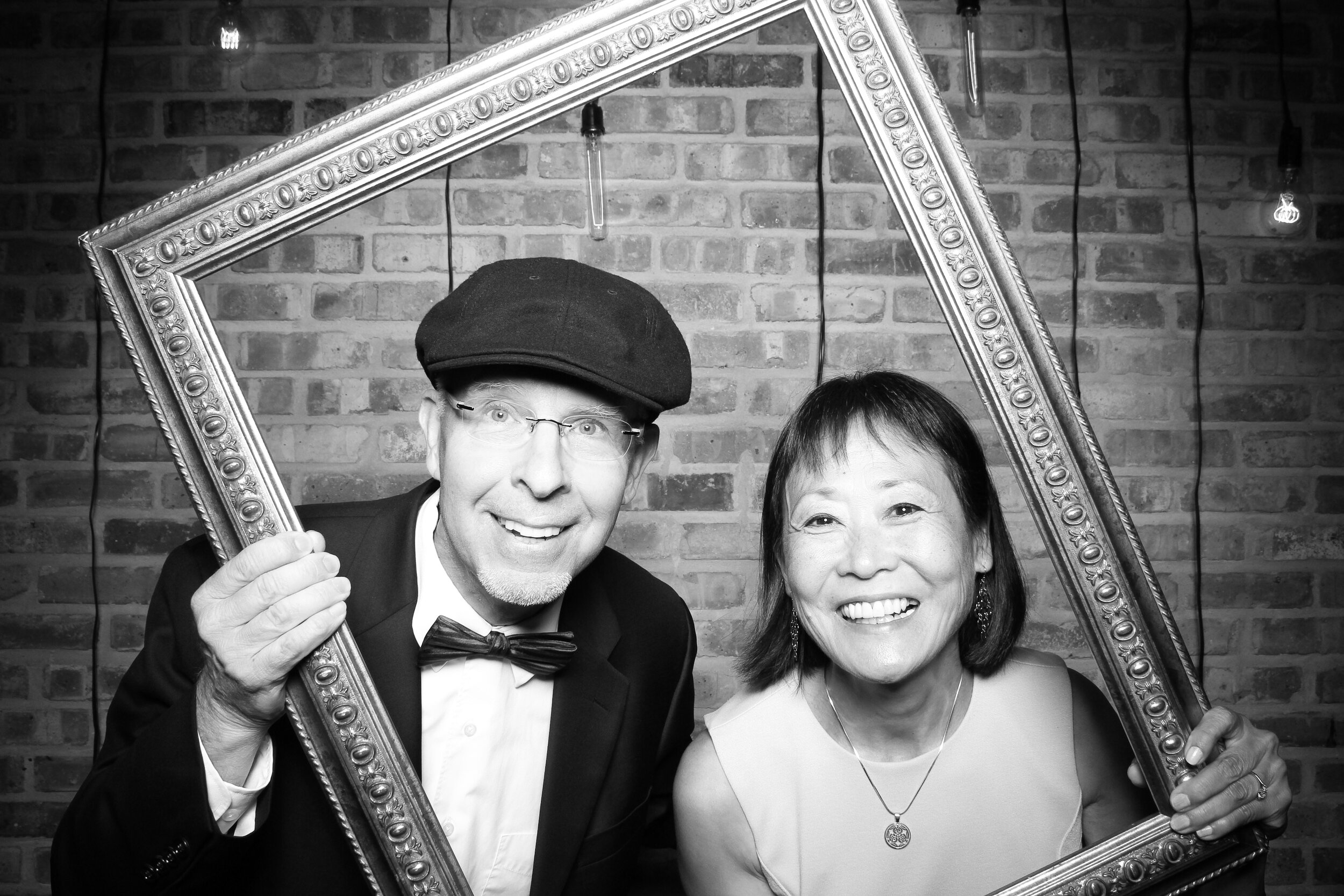 Chicago_Vintage_Wedding_Photobooth_Morgan_Manufacturing_22.jpg