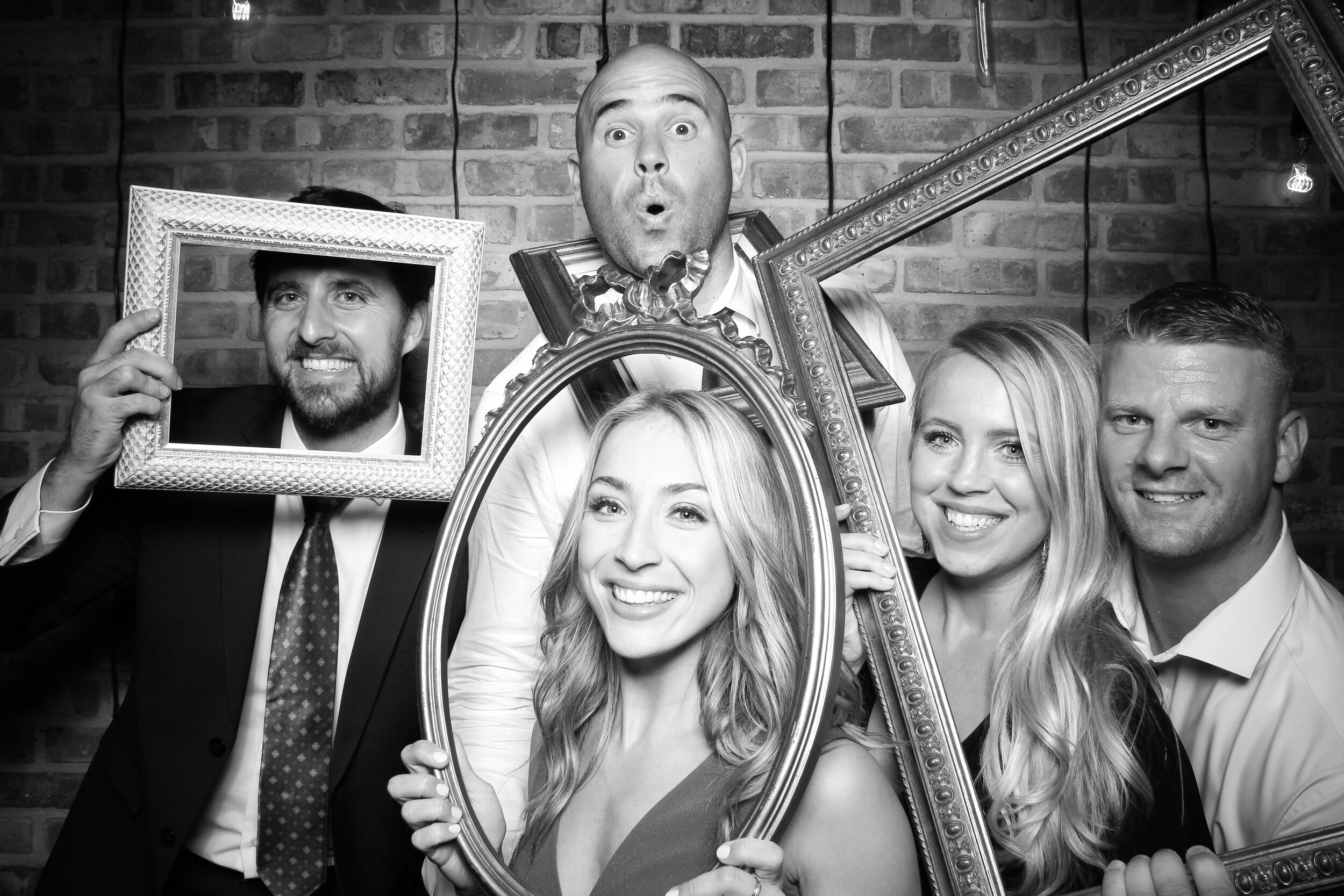 Chicago_Vintage_Wedding_Photobooth_Morgan_Manufacturing_25.jpg