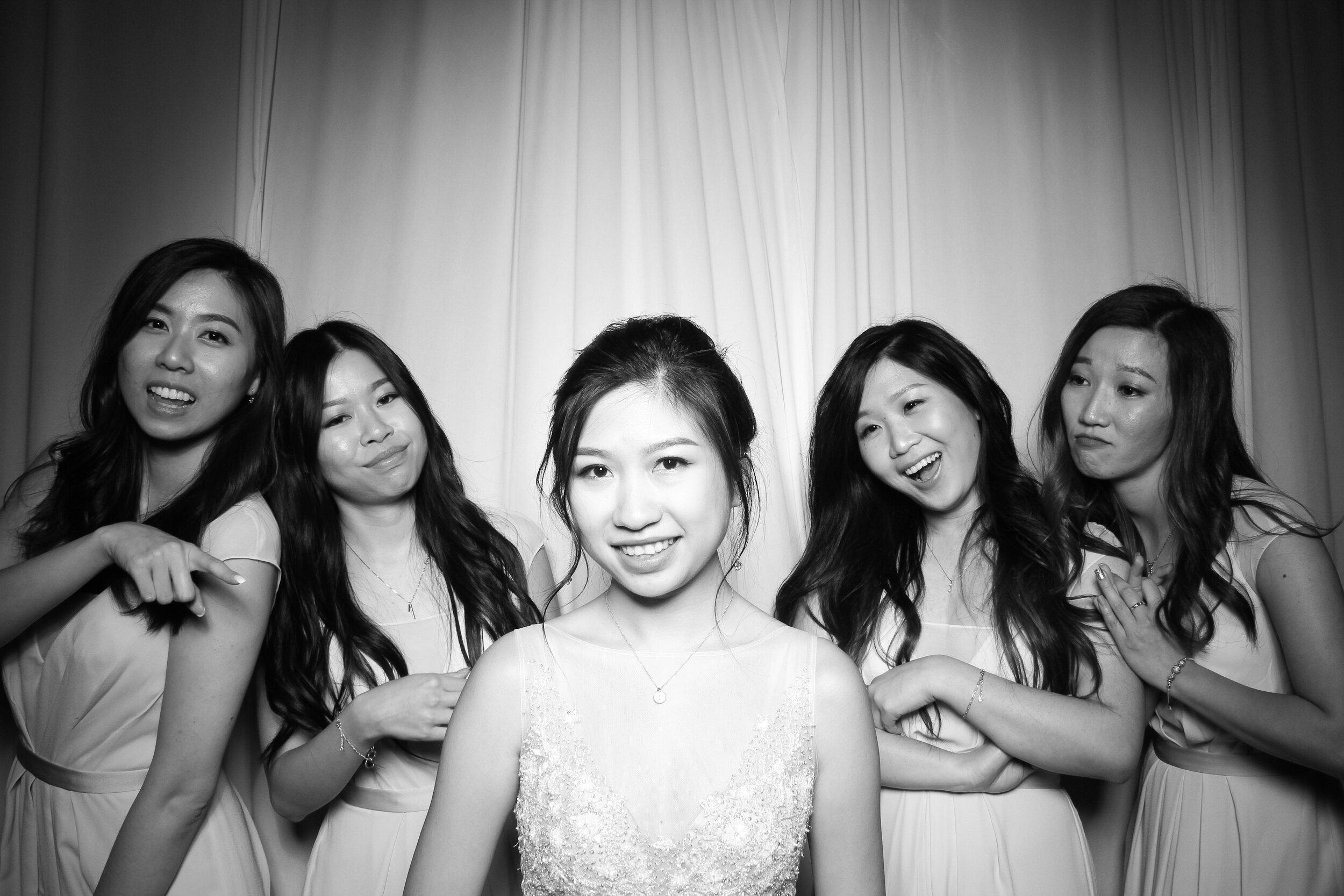 Cai_Restaurant_Chinatown_Chicago_Wedding_Photo_Booth_01.jpg