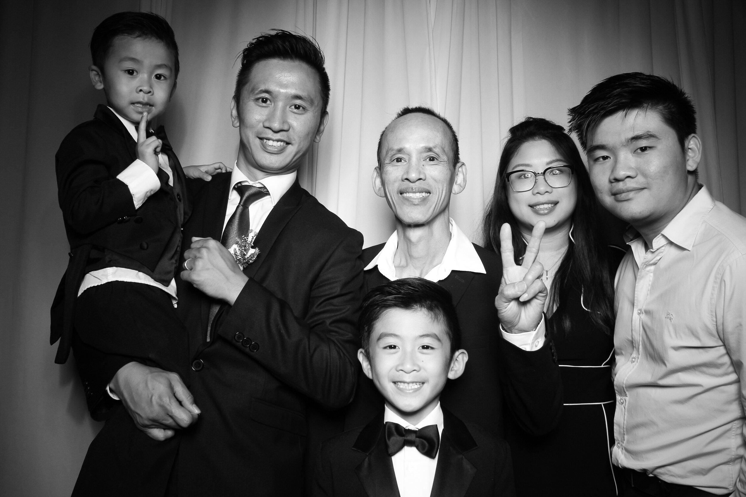 Cai_Restaurant_Chinatown_Chicago_Wedding_Photo_Booth_07.jpg