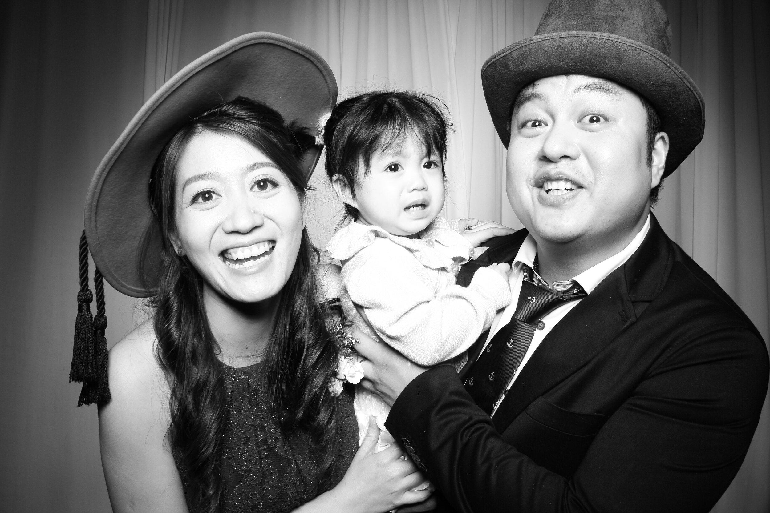 Cai_Restaurant_Chinatown_Chicago_Wedding_Photo_Booth_12.jpg