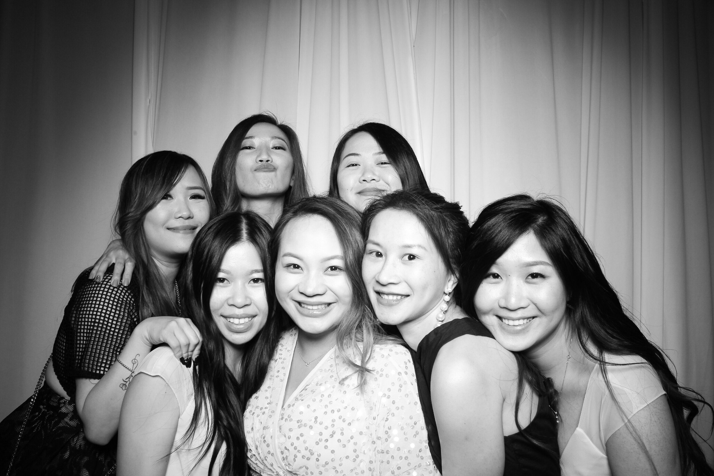 Cai_Restaurant_Chinatown_Chicago_Wedding_Photo_Booth_20.jpg