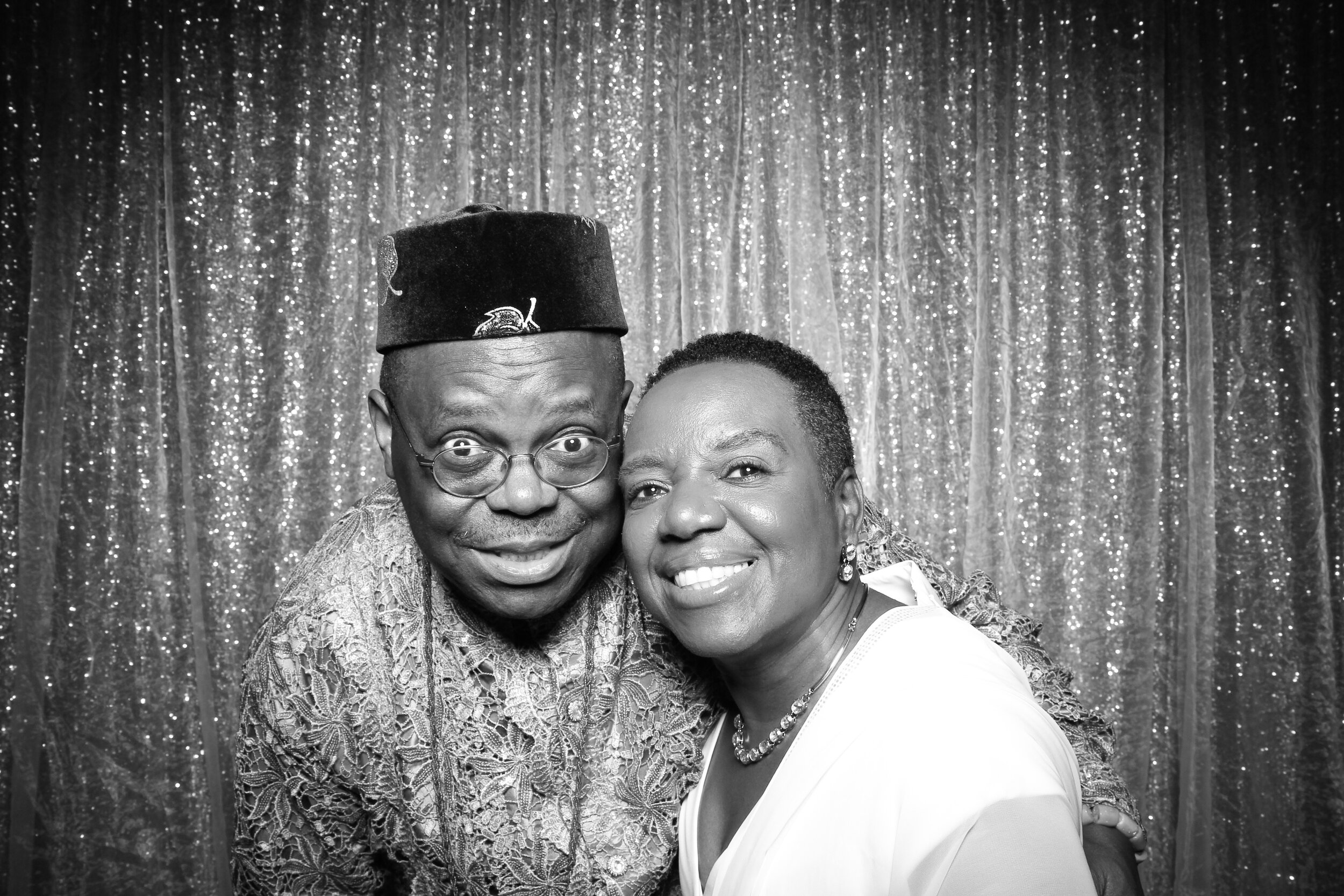 Ravisloe_Country_Club_Wedding_Photo_Booth_01.jpg