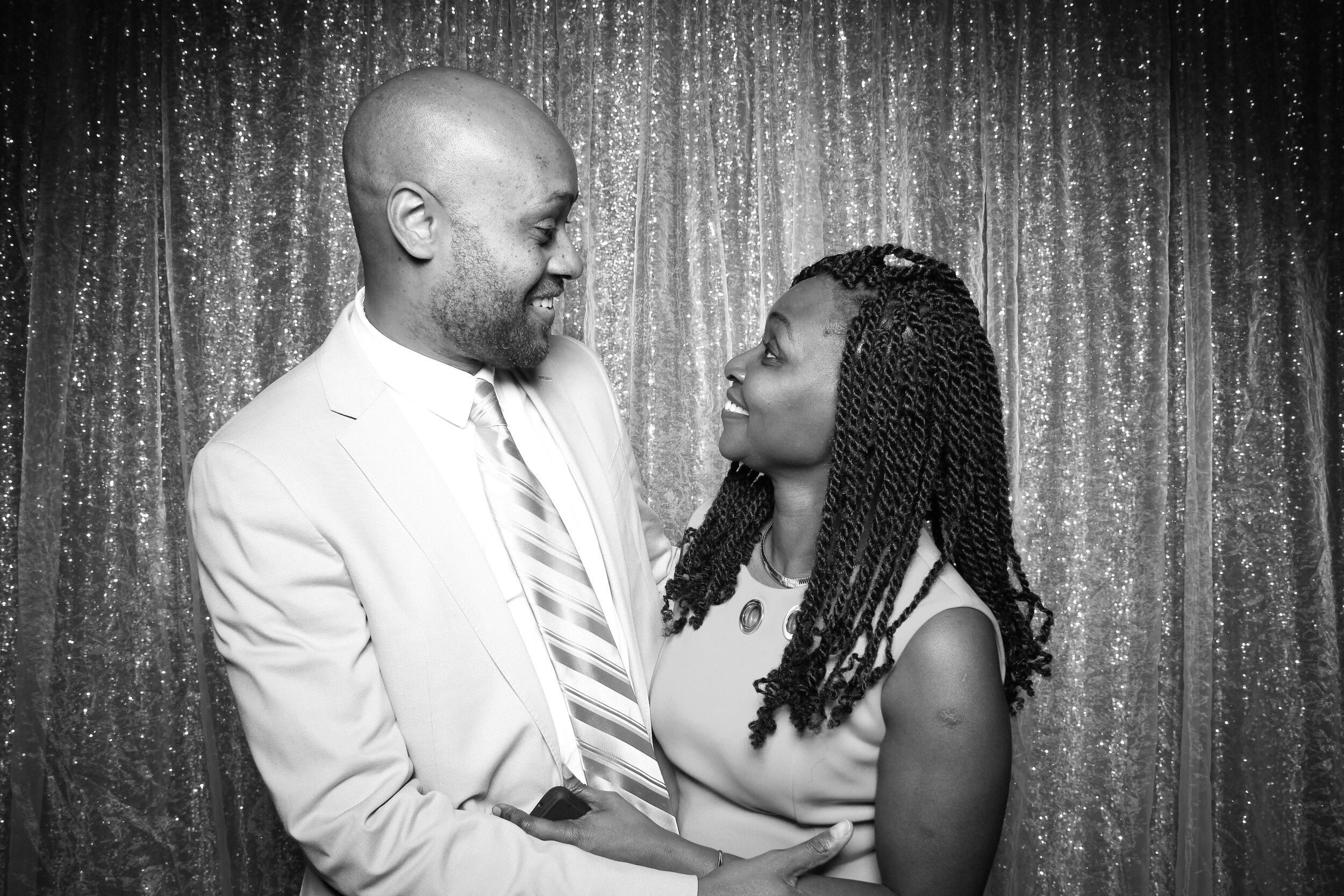 Ravisloe_Country_Club_Wedding_Photo_Booth_05.jpg