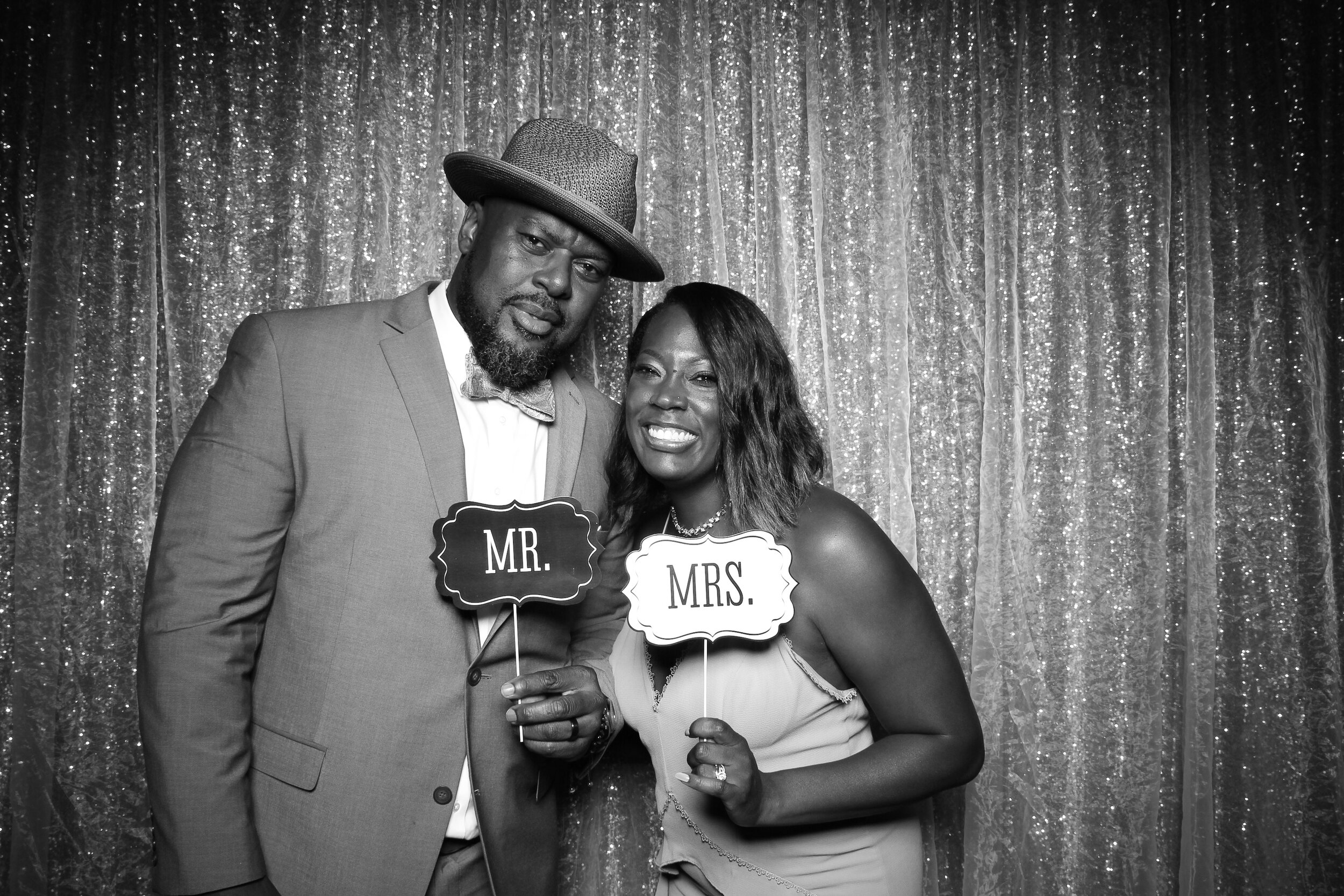 Ravisloe_Country_Club_Wedding_Photo_Booth_12.jpg