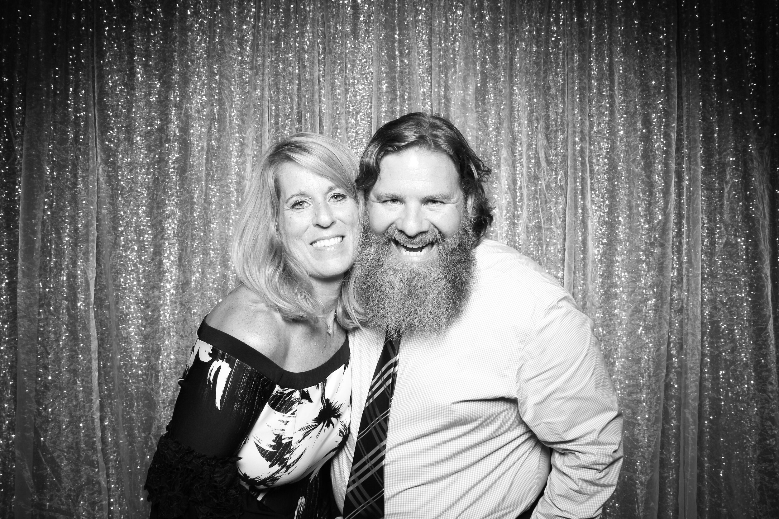 Ravisloe_Country_Club_Wedding_Photo_Booth_14.jpg