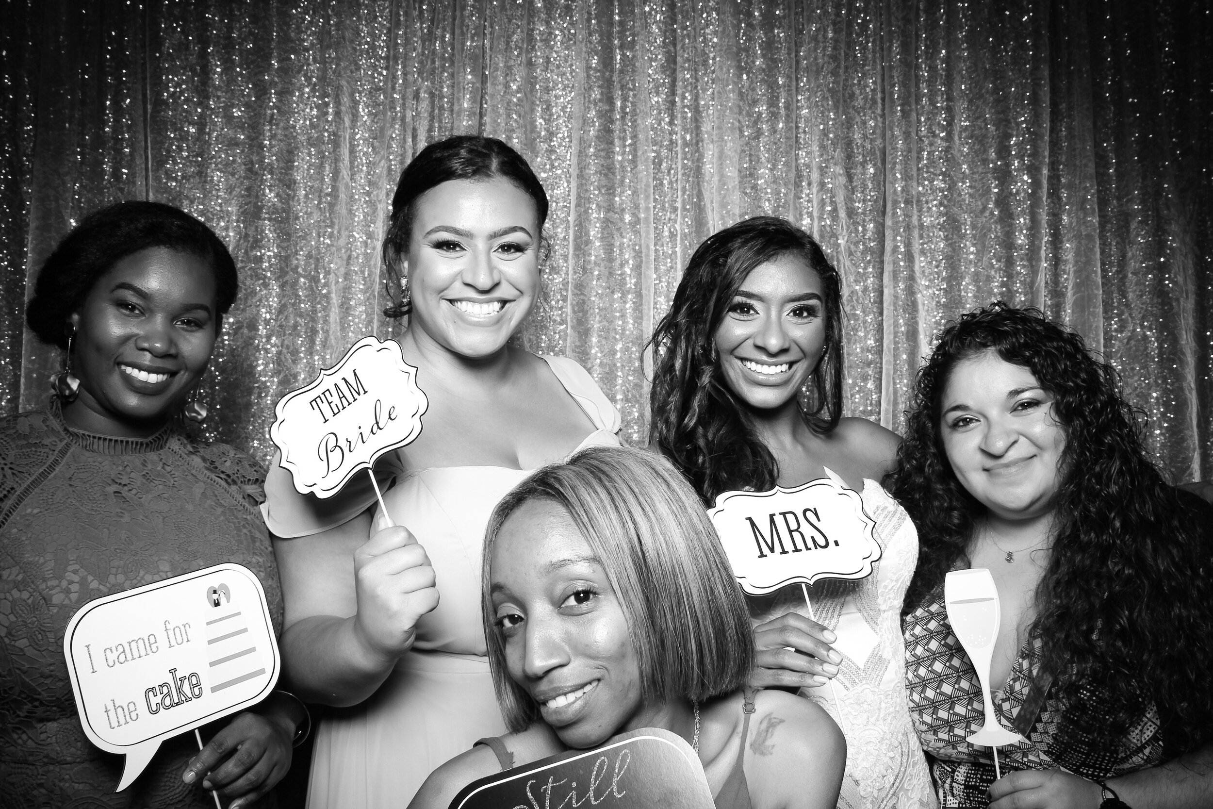 Ravisloe_Country_Club_Wedding_Photo_Booth_15.jpg