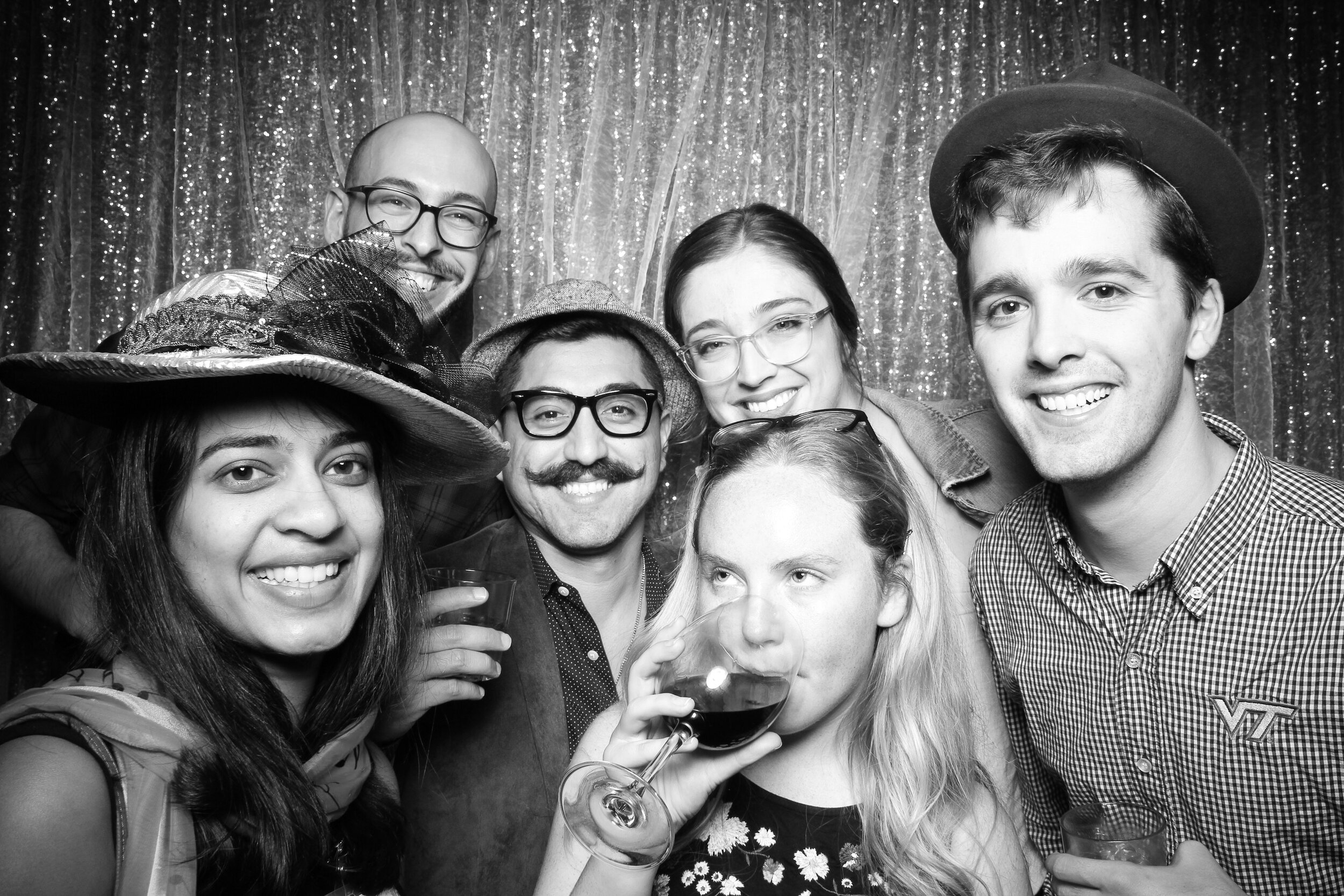 Chicago_Vintage_Wedding_Photobooth_House_of_Blues_10.jpg