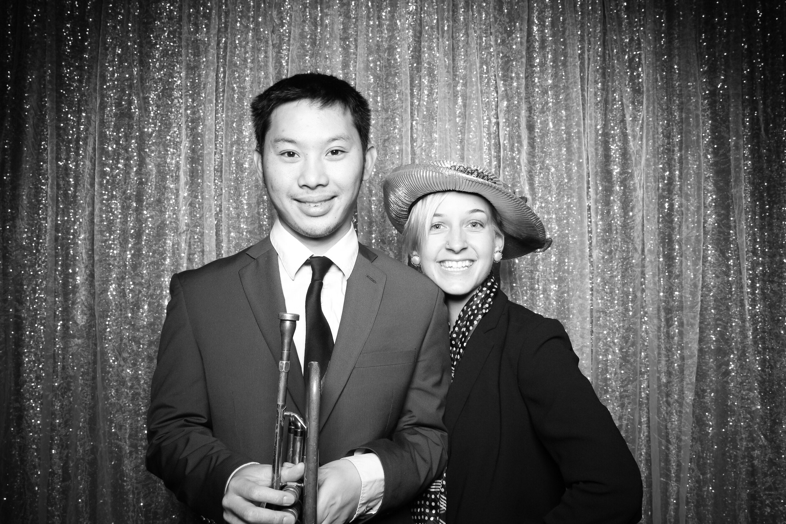 Chicago_Vintage_Wedding_Photobooth_House_of_Blues_15.jpg