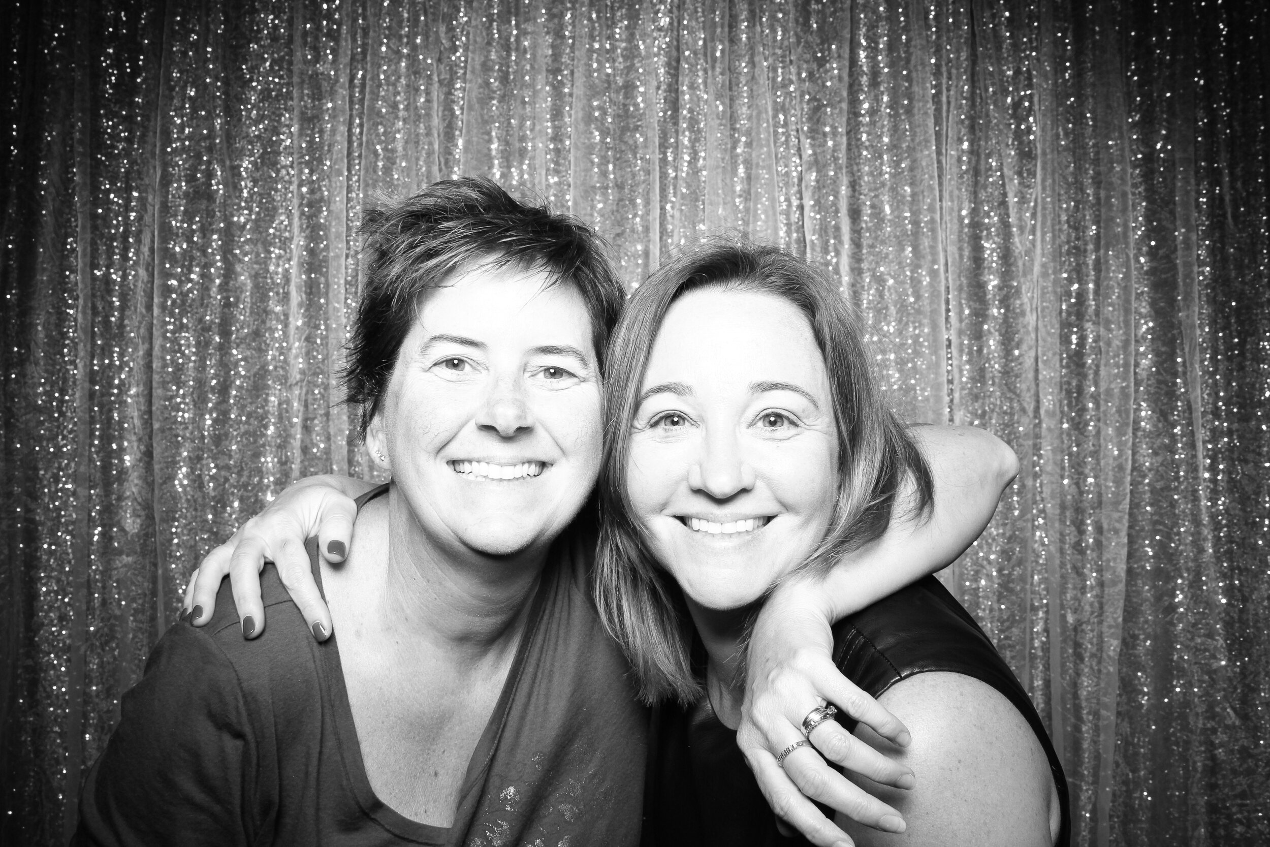 Chicago_Vintage_Wedding_Photobooth_House_of_Blues_18.jpg