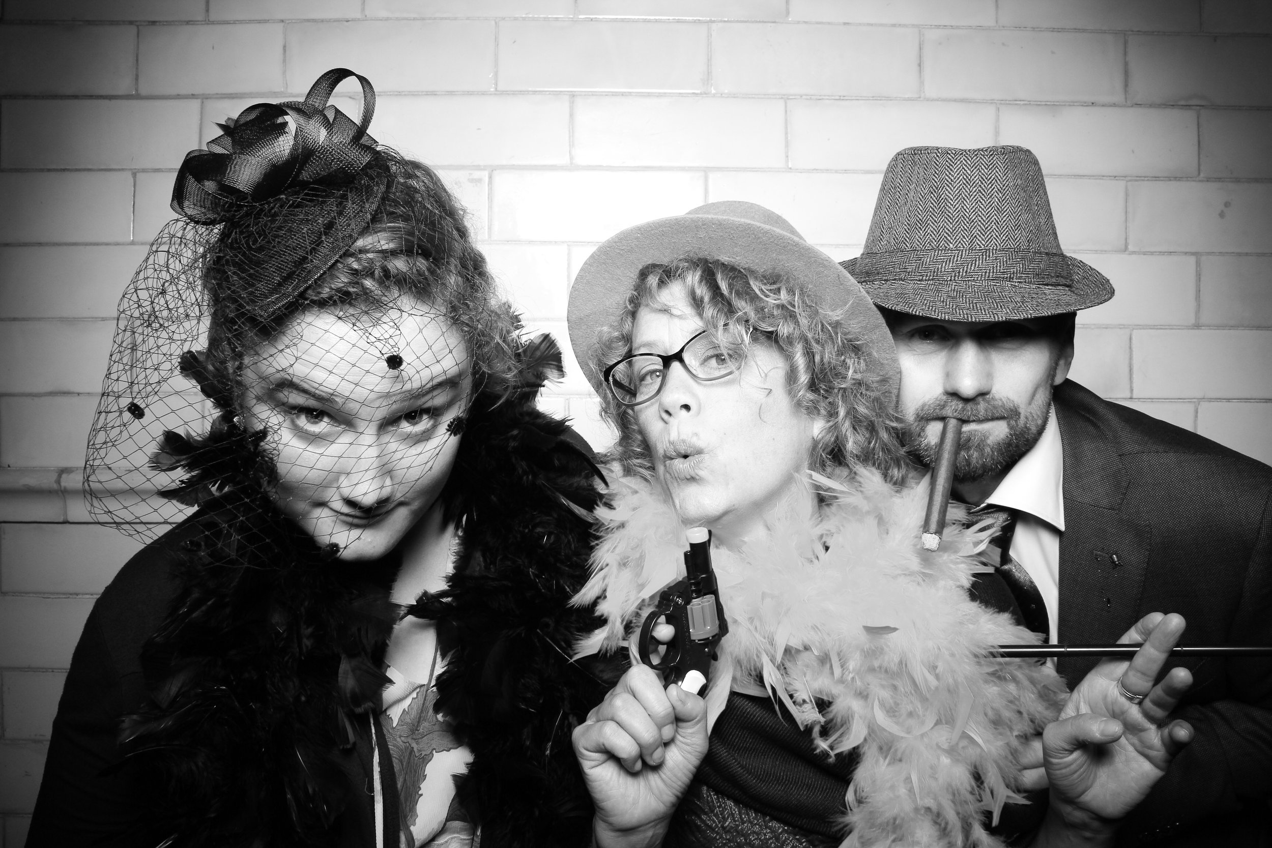Firehouse_Chicago_Edgewater_Wedding_Reception_Photo_Booth_01.jpg
