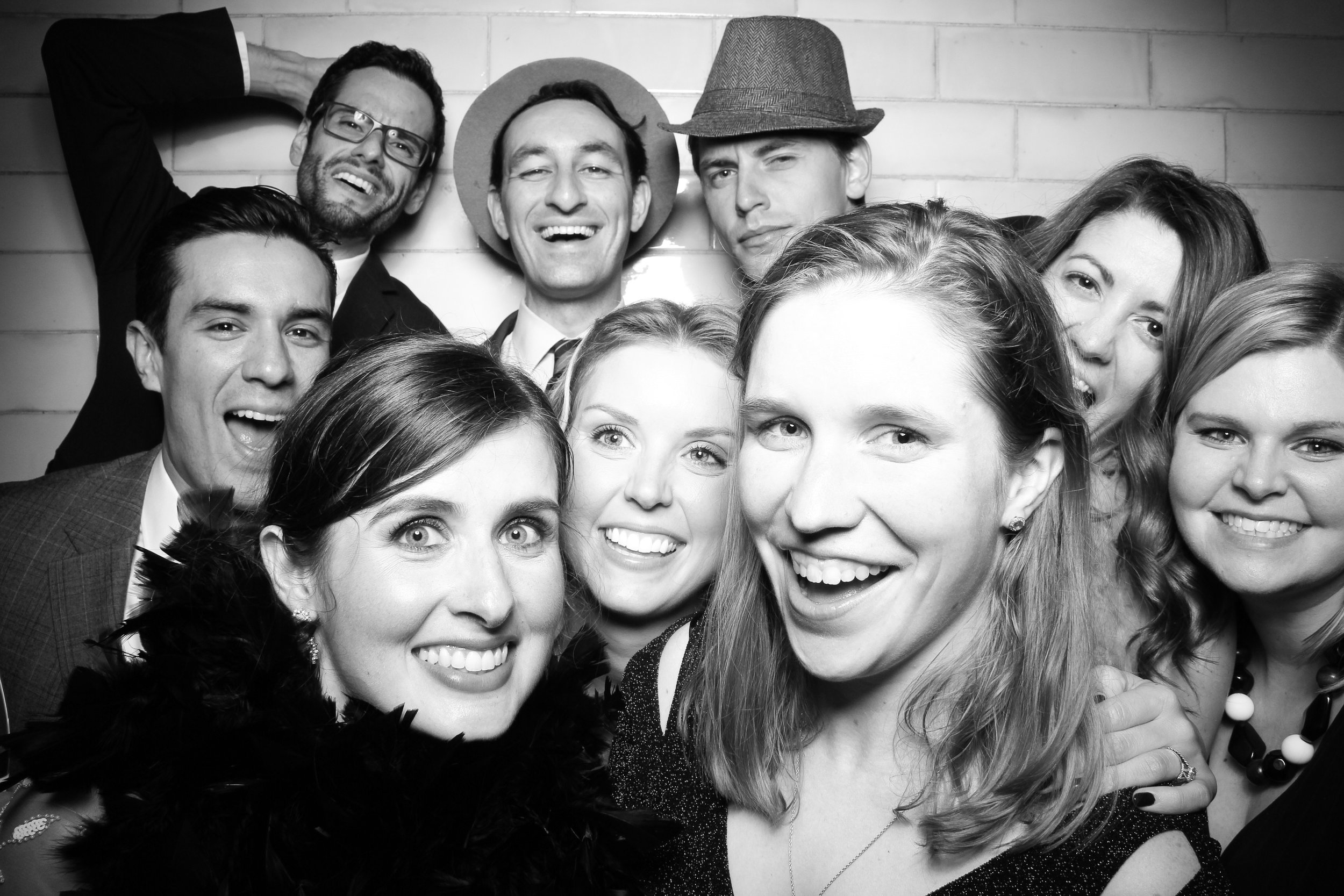 Firehouse_Chicago_Edgewater_Wedding_Reception_Photo_Booth_09.jpg