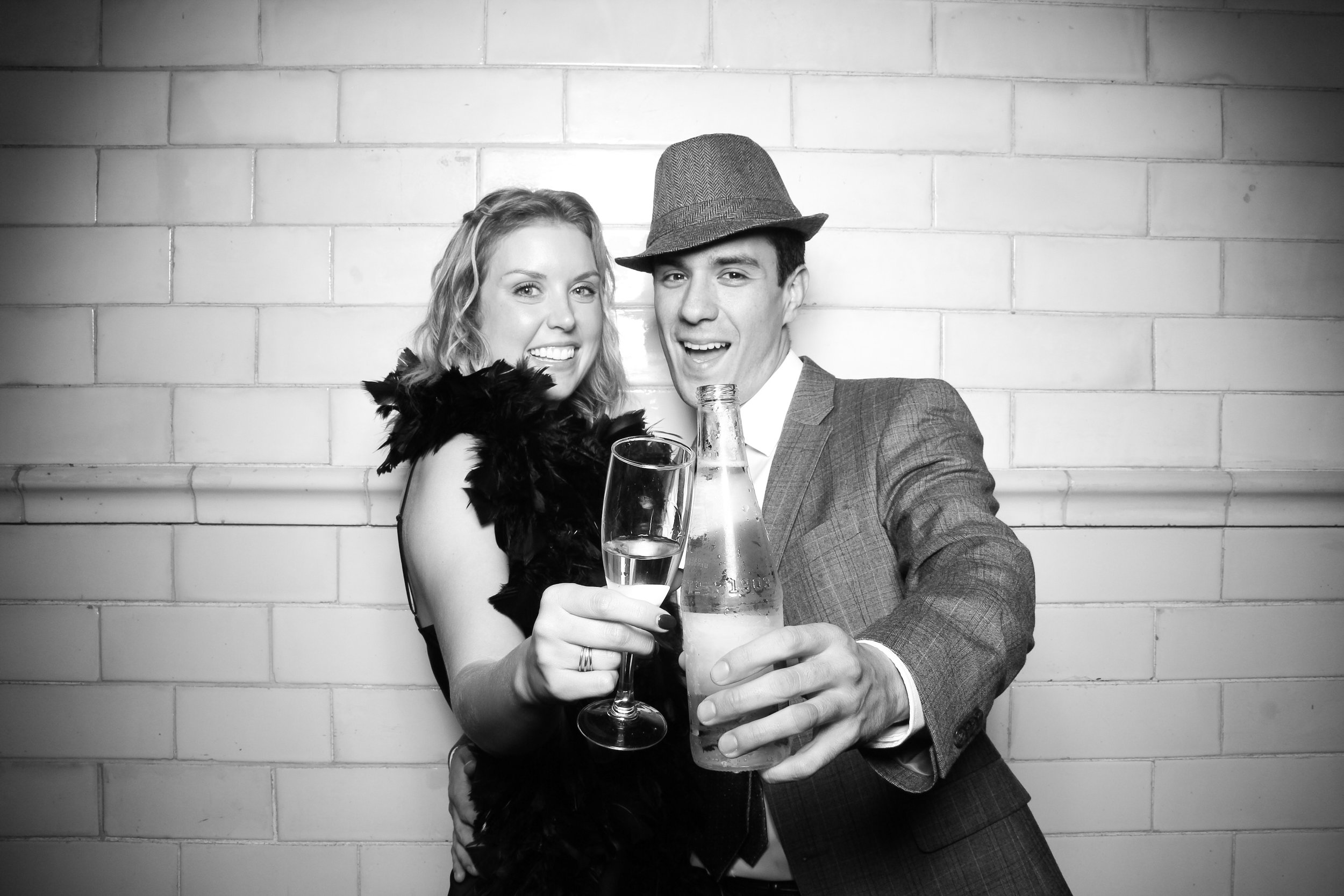 Firehouse_Chicago_Edgewater_Wedding_Reception_Photo_Booth_10.jpg