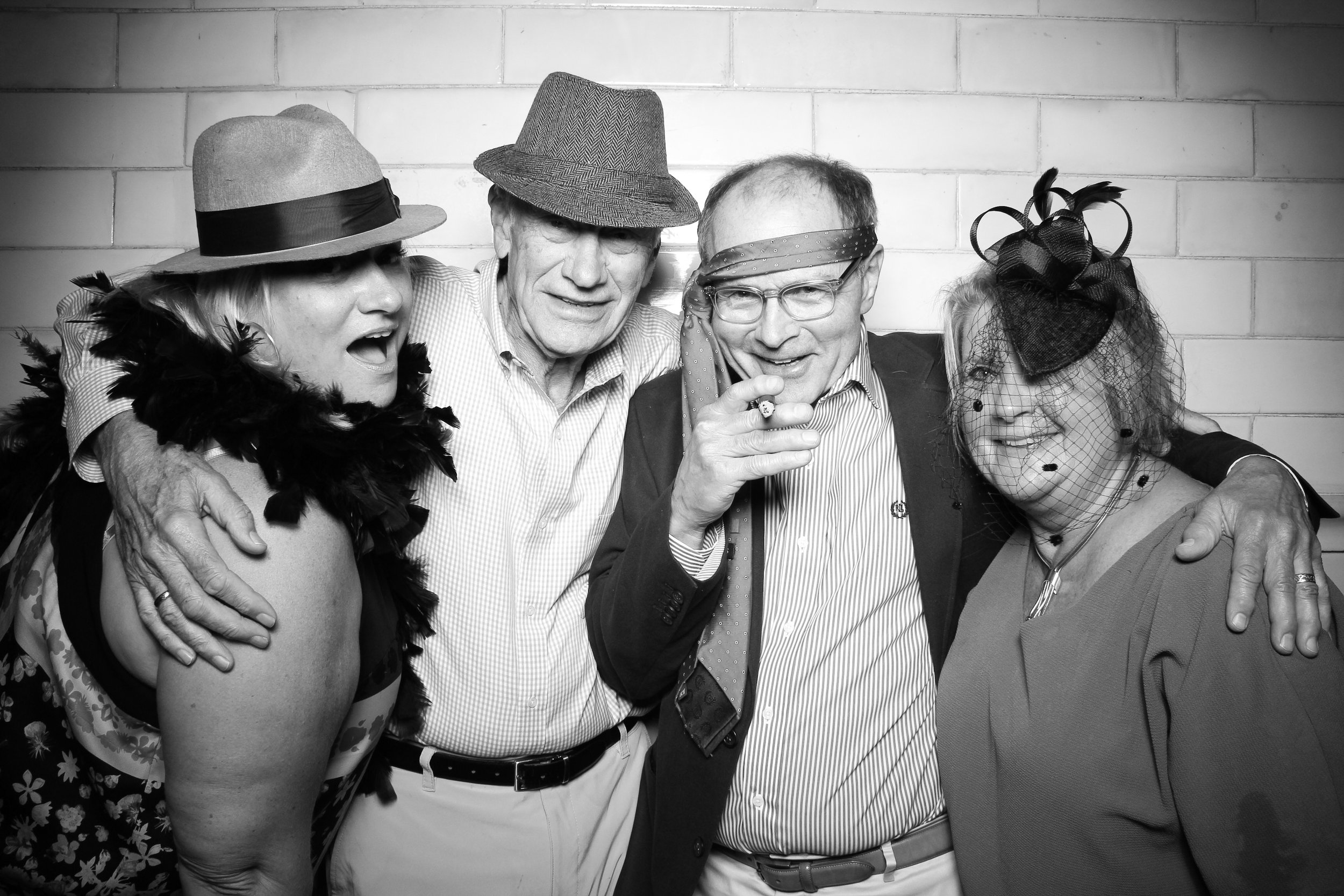 Firehouse_Chicago_Edgewater_Wedding_Reception_Photo_Booth_24.jpg