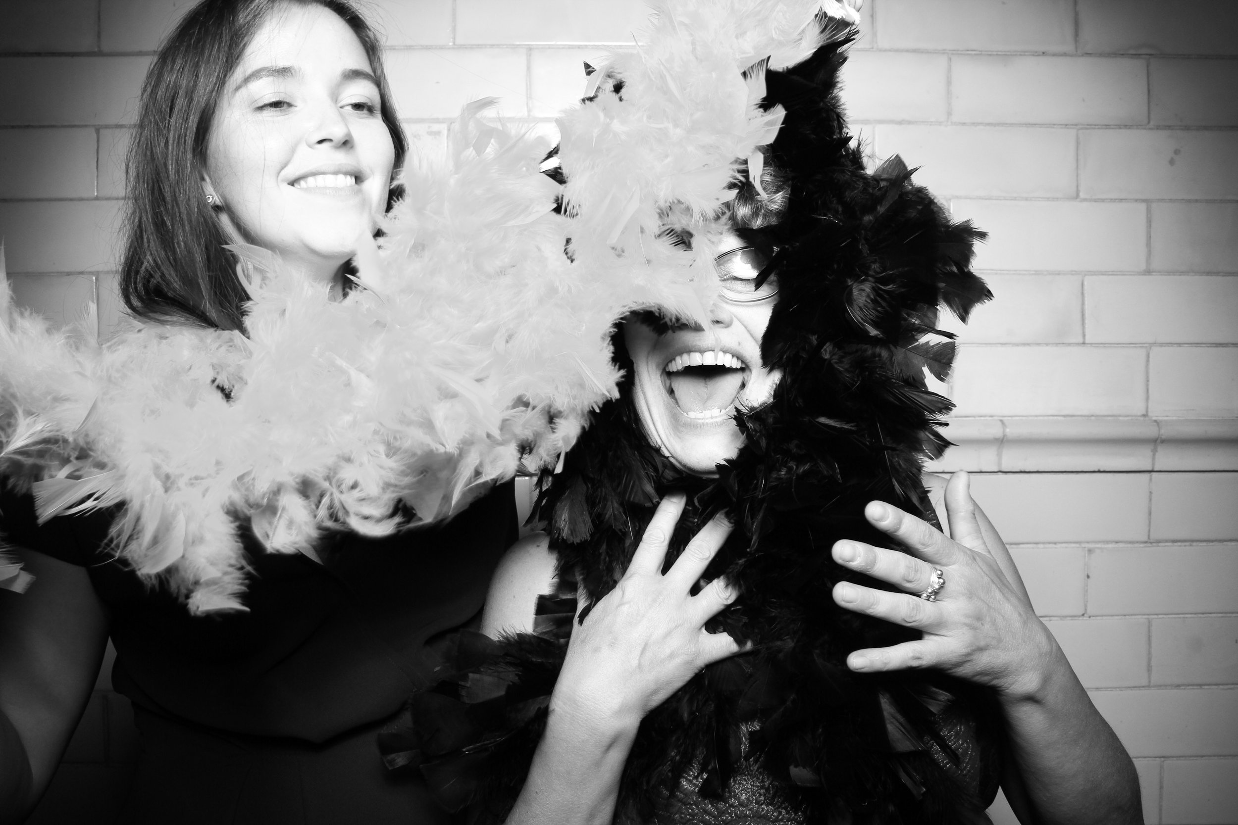Firehouse_Chicago_Edgewater_Wedding_Reception_Photo_Booth_28.jpg