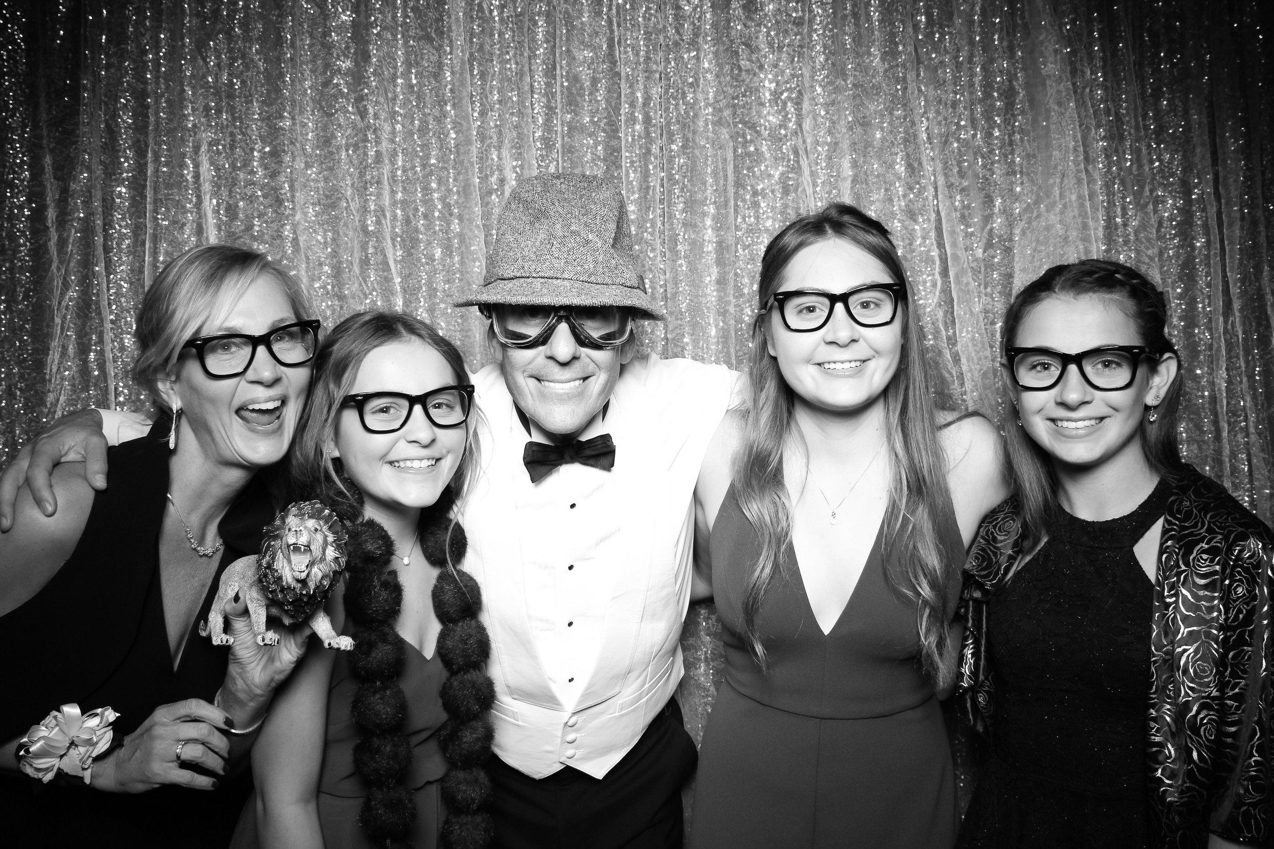 JW_Marriott_Burnham_Ballroom_Wedding_Photo_Booth_08.jpg
