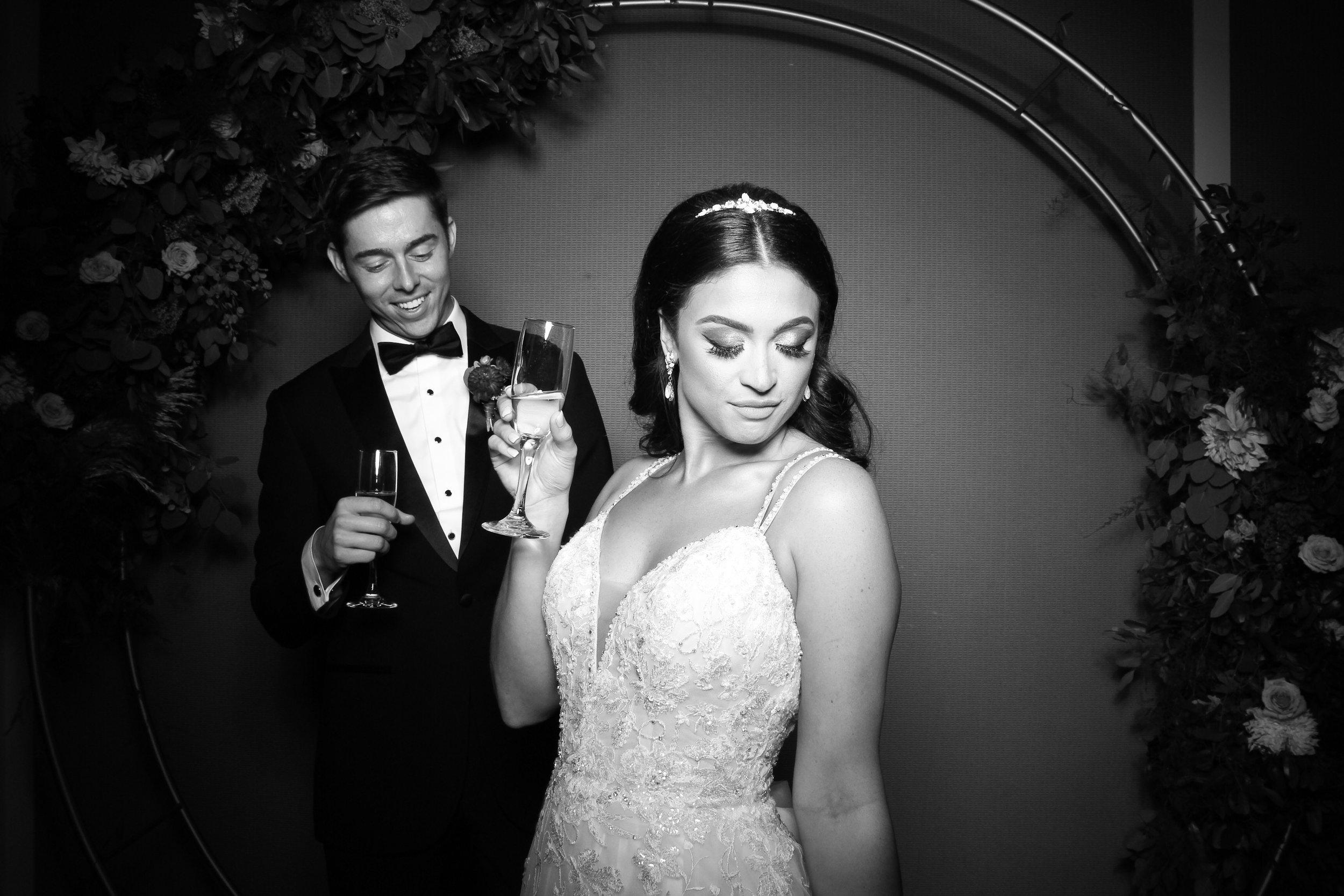 Metropolis_Ballroom_Wedding_Arlington_Heights_Photo_Booth_03.jpg