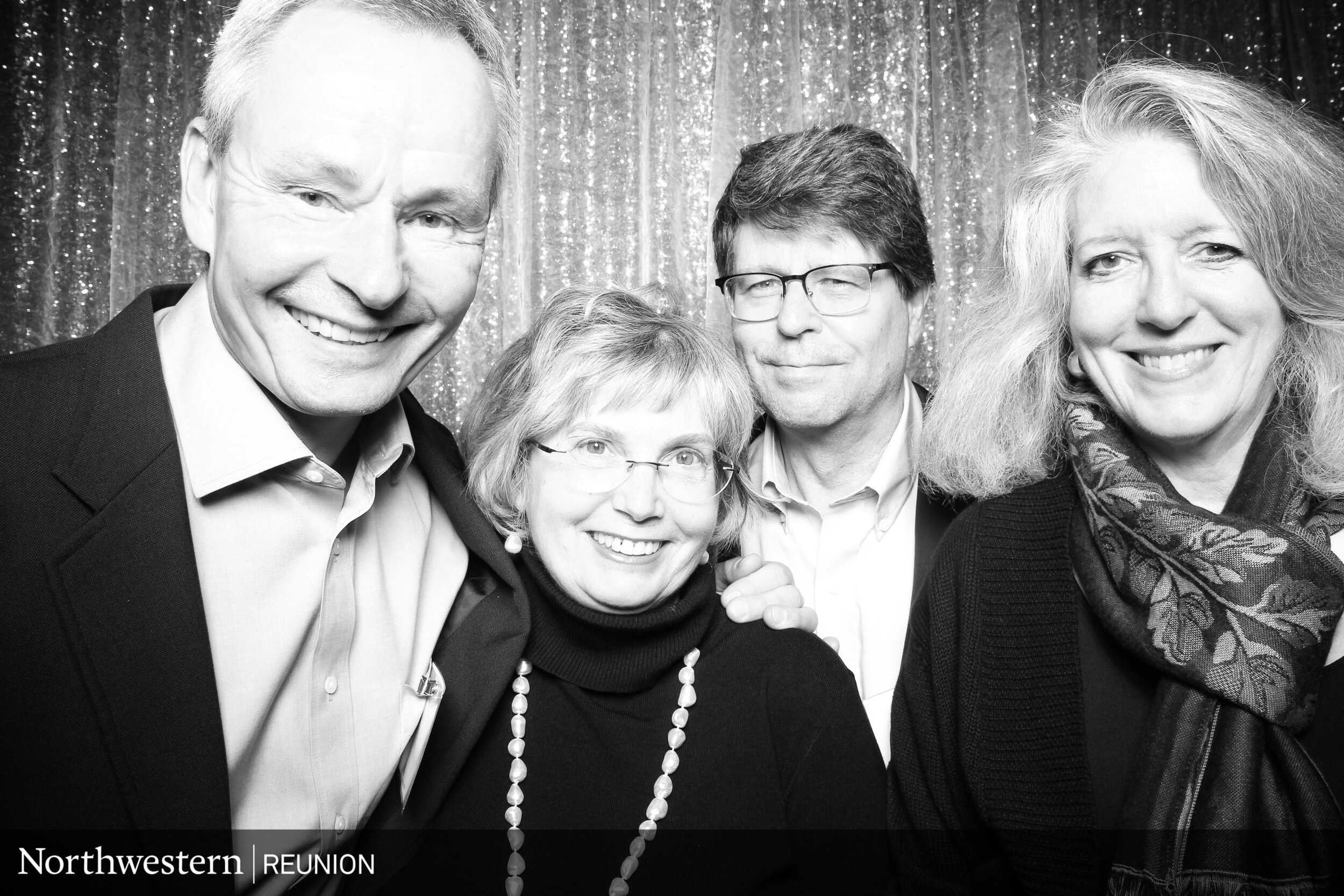 Class_Reunion_Photo_Booth_Chicago_16.jpg