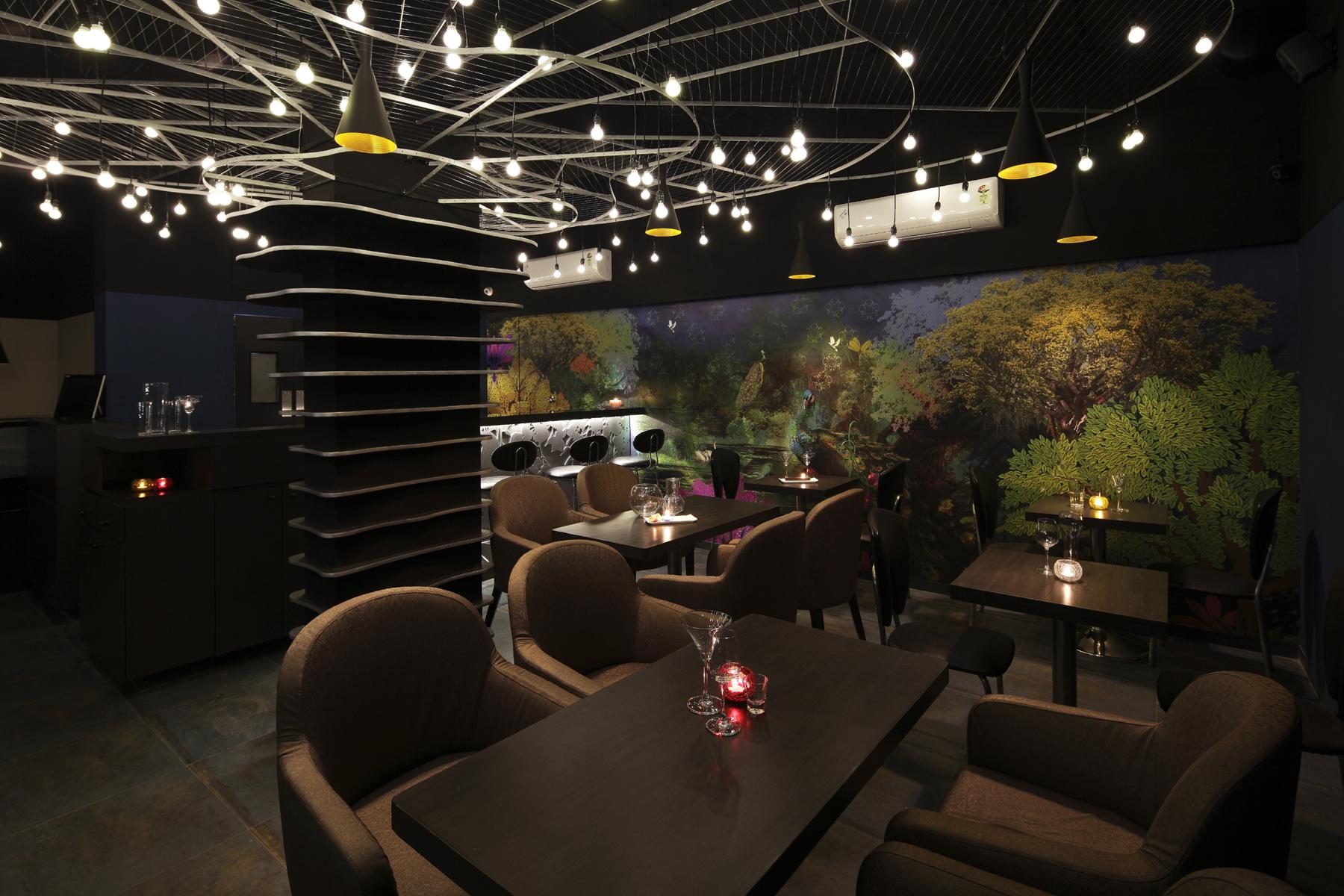 03- Restaurant.jpg