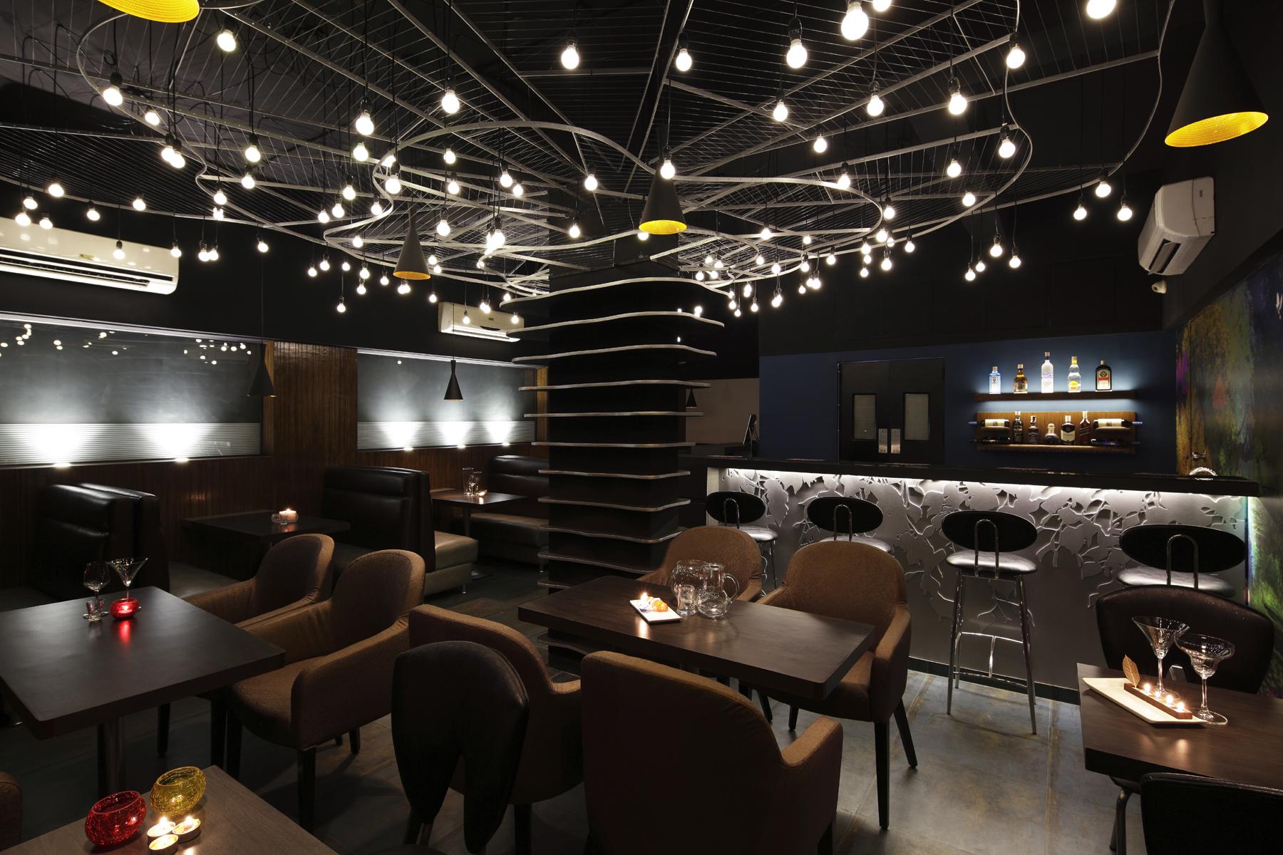 04- Restaurant layout.jpg