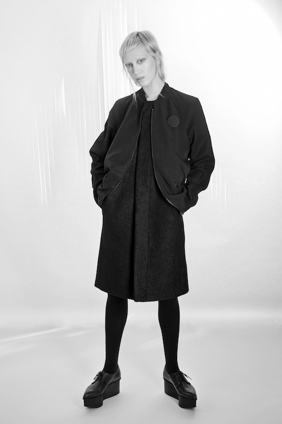 Love_is_stronger_Esther_Perbandt_Black_Jacket_Long_coat_bomber_photo_birgit_kaulfuss.jpg2