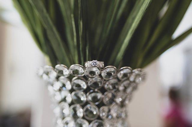 👀👀👀 #jdjcreation #weddingcinematography #weddingcinematographer #lifeofacinematographer #coloradowedding #coloradoweddings #mountainweddings #weddingday #weddingphotographer #jdjcreationllc