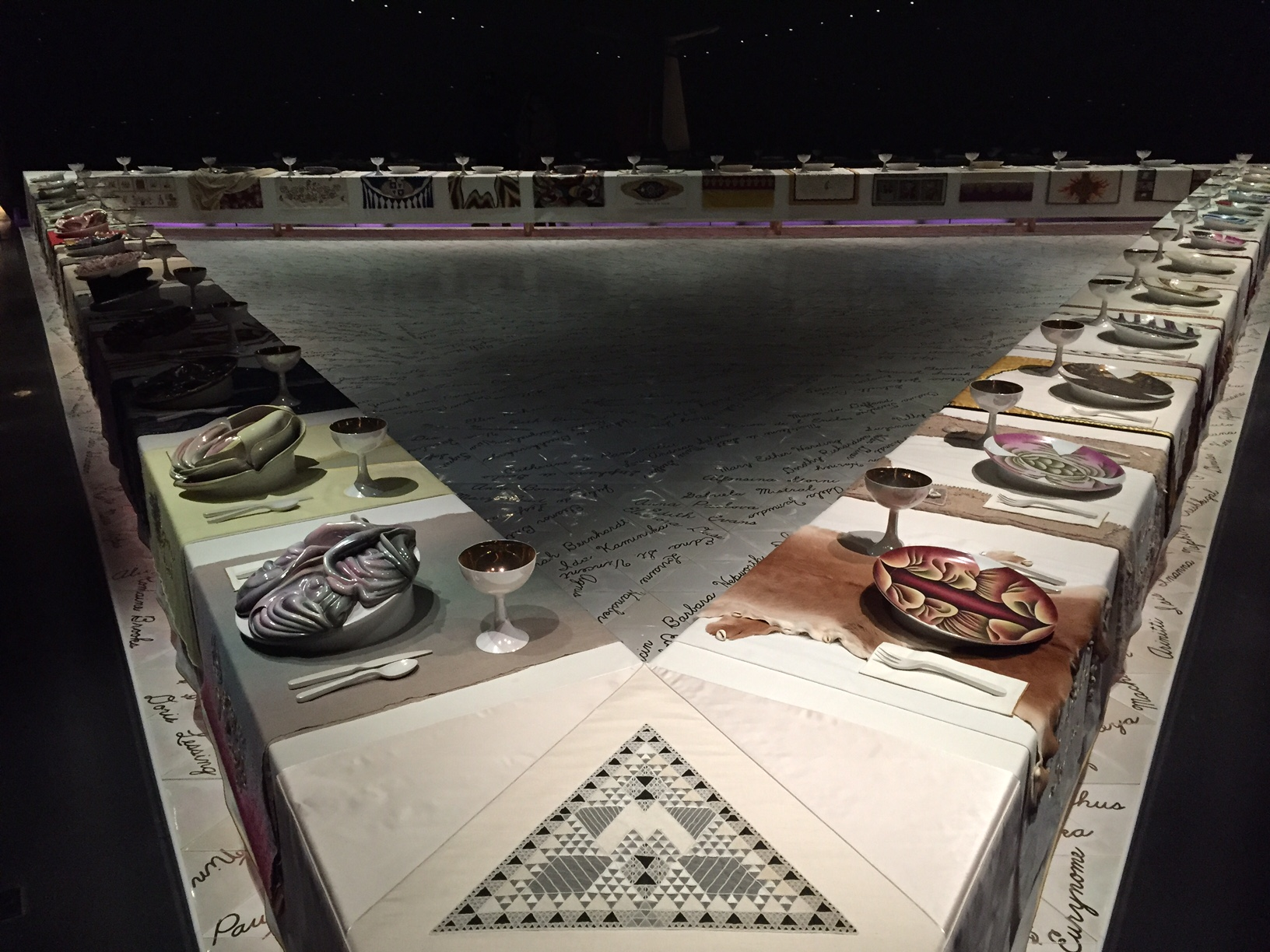 The Dinner Party por Judy Chicago