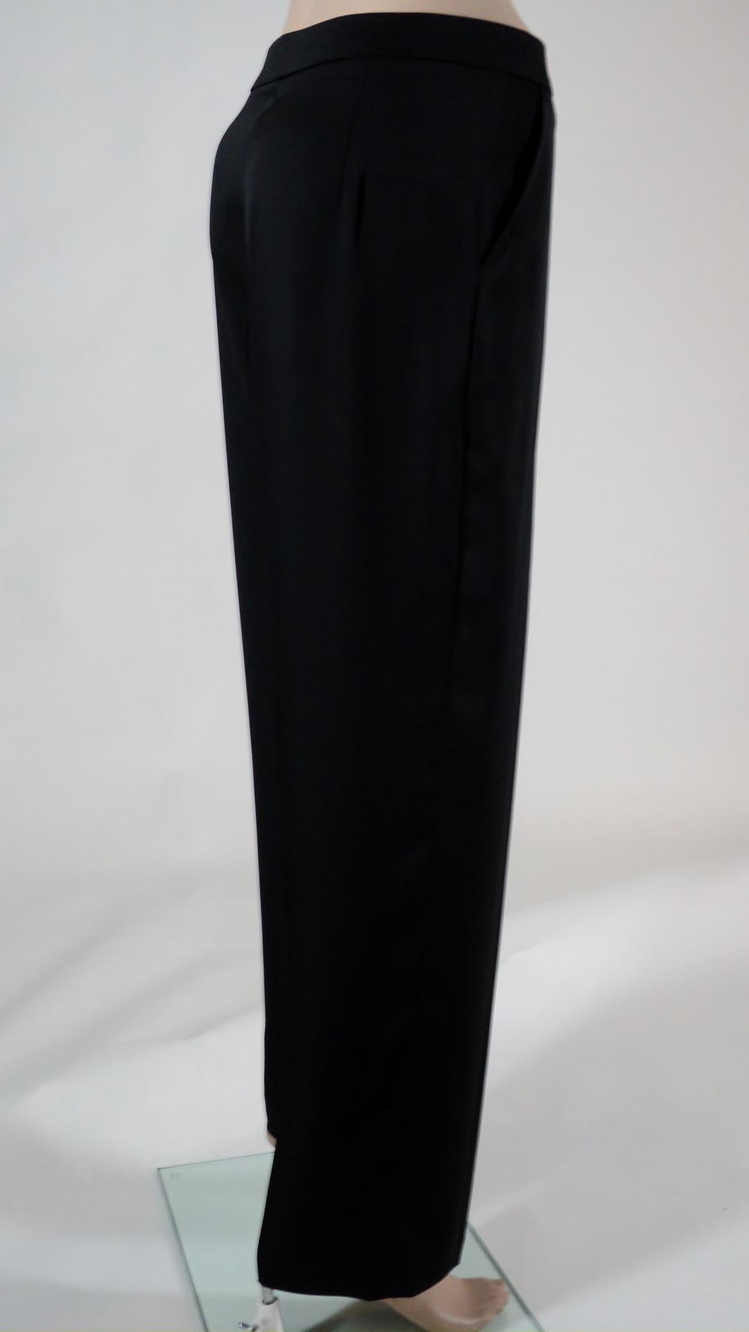 Black Pants_Sideview.jpg
