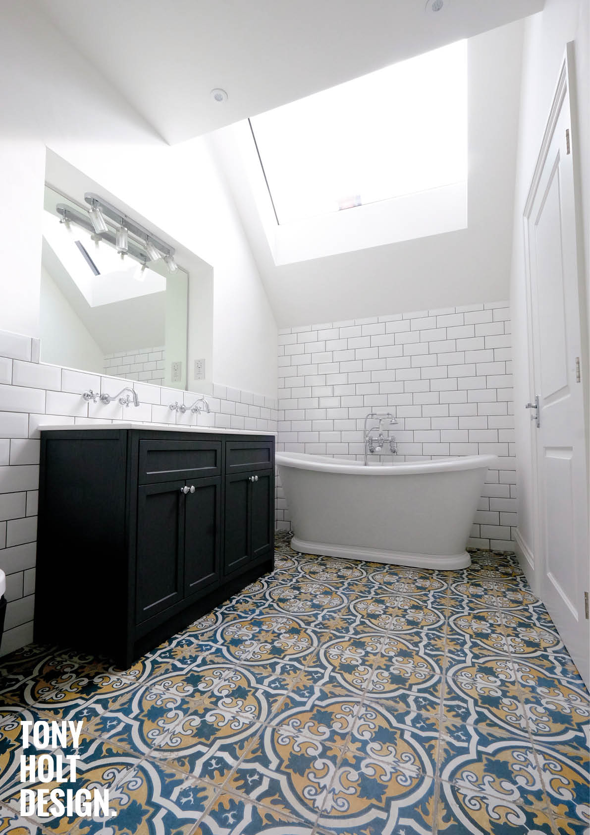 Tony Holt Design_South Drive_Remodel_Bathroom 2_Web2.jpg