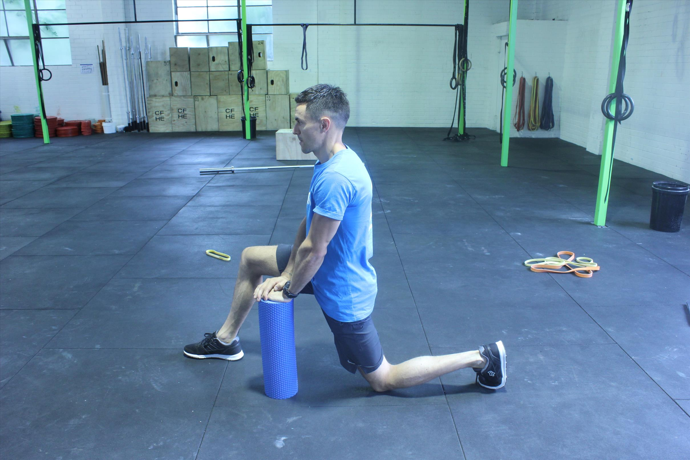 Normal but crucial Lunge hip flexor stretching