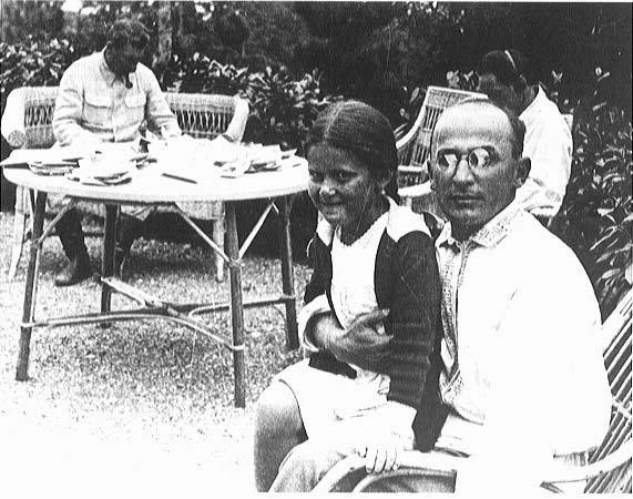 2. Lavrenti_Beria_Stalins_family.jpg