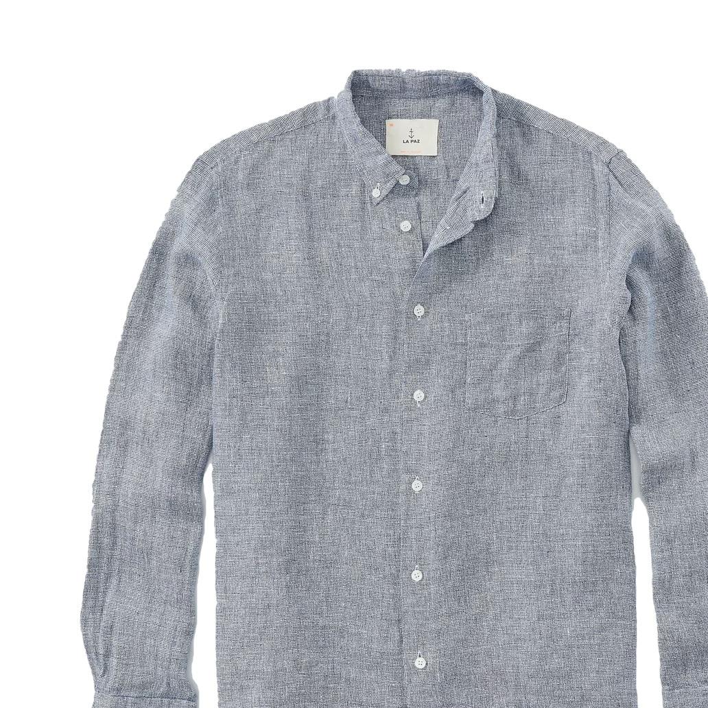 Blue shirt - Linen shirt in blue. Size XL in light blue.