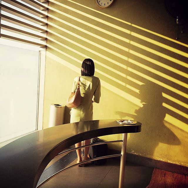 southeastern morning sun  #singapore #sunlight #shadowshapes #beautifulpeople #streetphotography #smokingarea #camouflage #retrolook #changiairport #southeastasia #colonialcity #makeportraitsnotwar #surftrip #surftravel #thesearch #indianocean #roadtrip #2014 #neverstopexploring #photography #travelphotography #asia #onenightinsingapore #asiangirls #art #artdirection #design #kommtgut