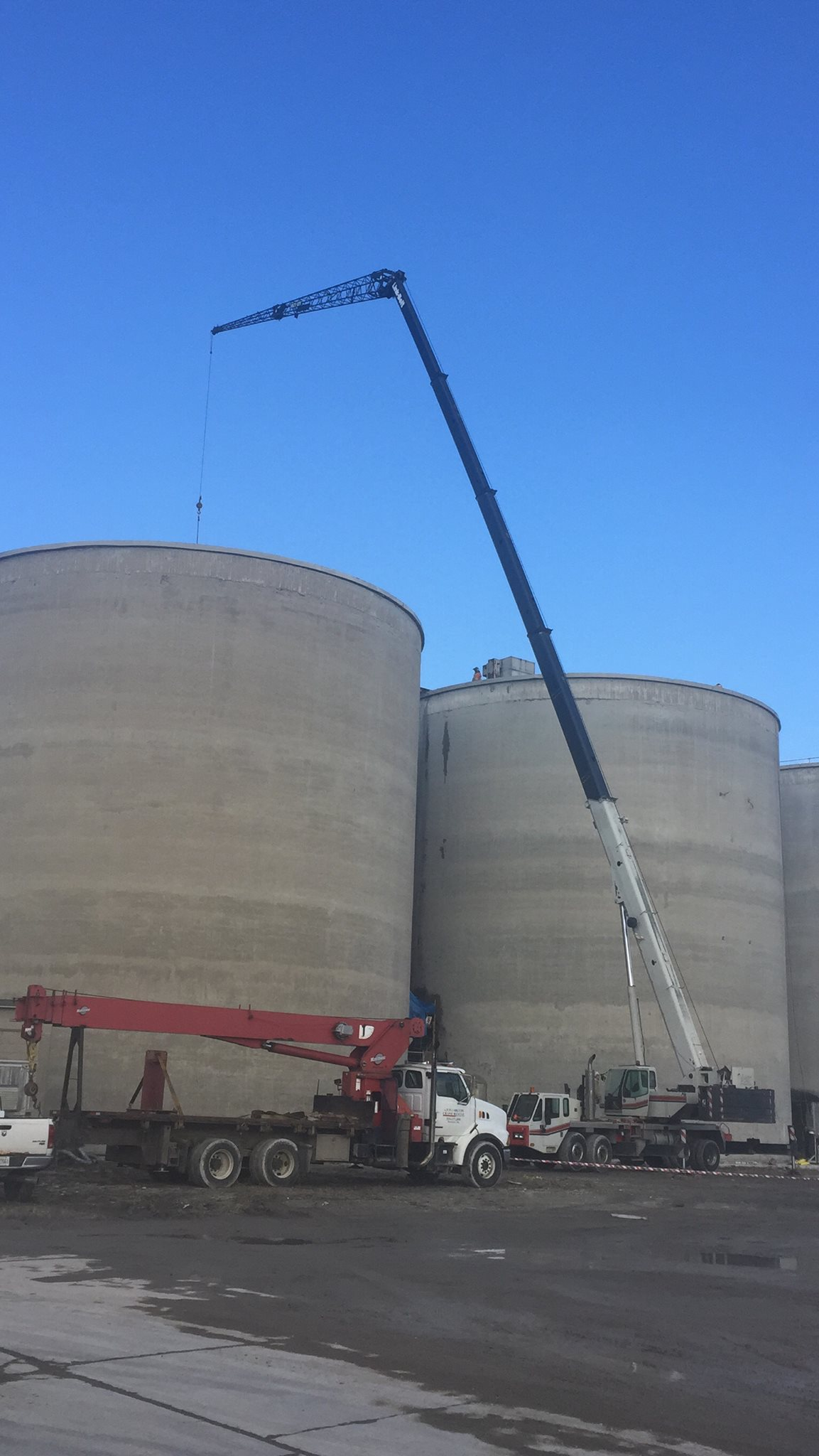 Millwright work completed by mobile crane
