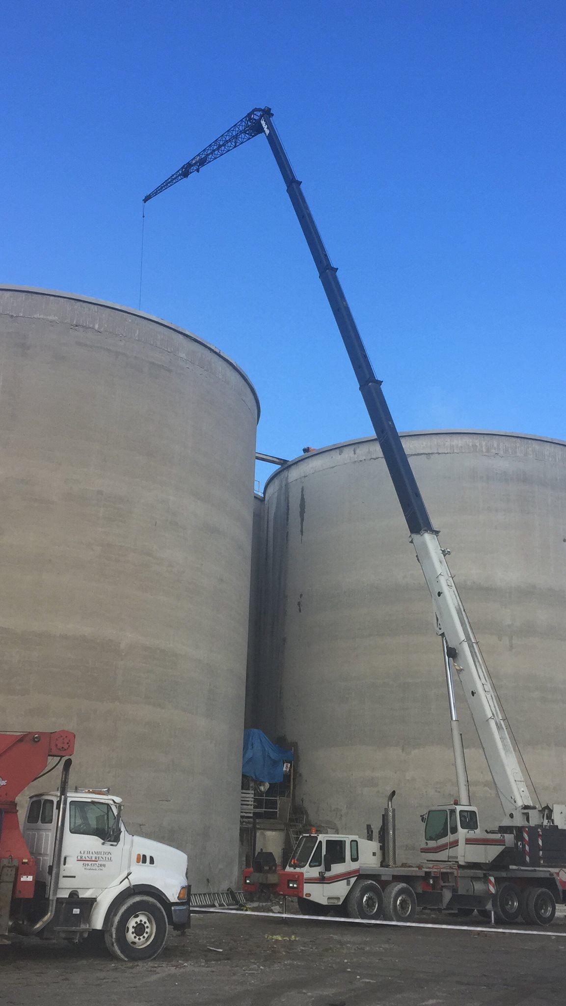 100 ton crane doing industrial millwright job