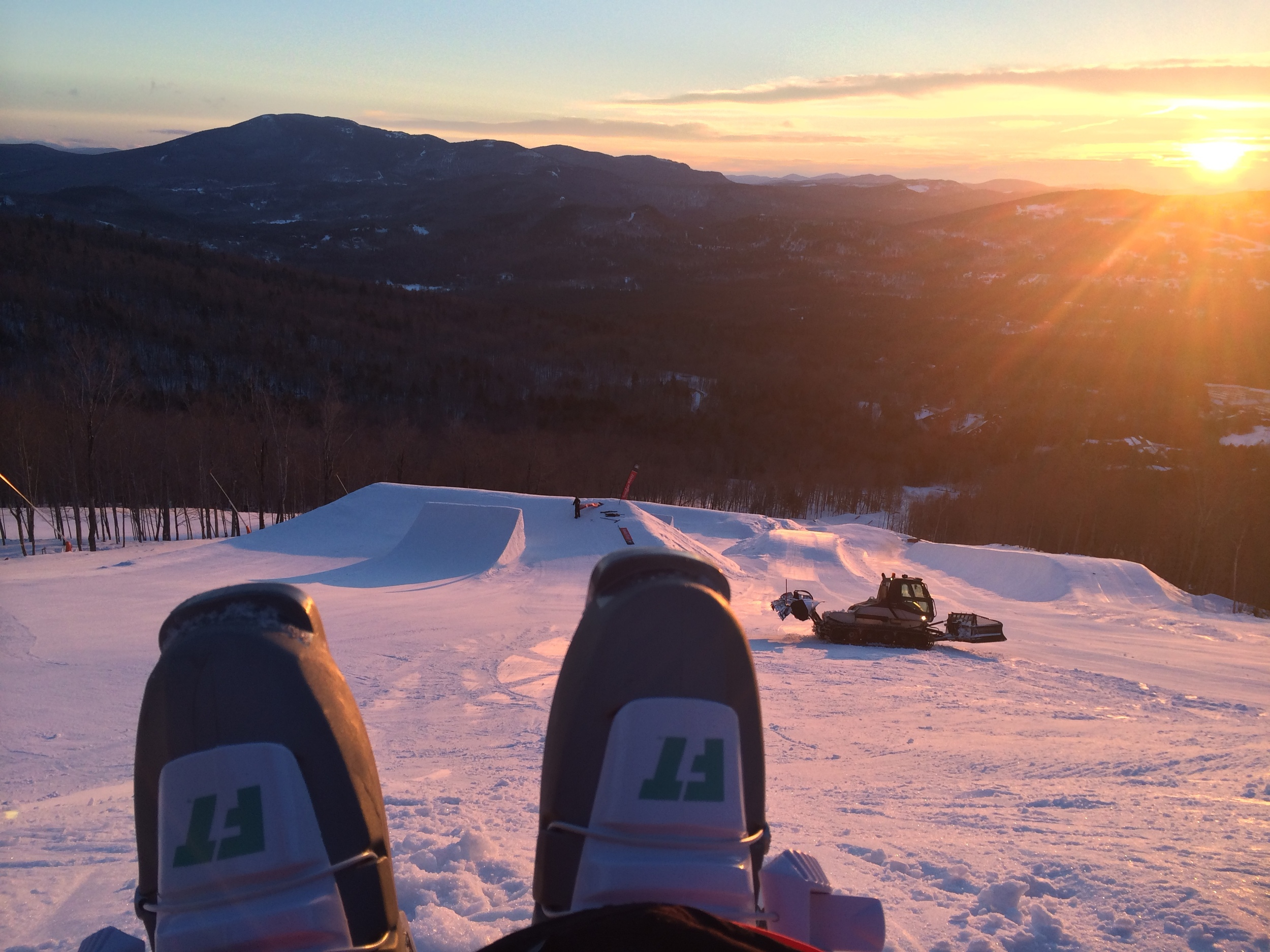 Such a fun sunrise shoot/day with Ski The East